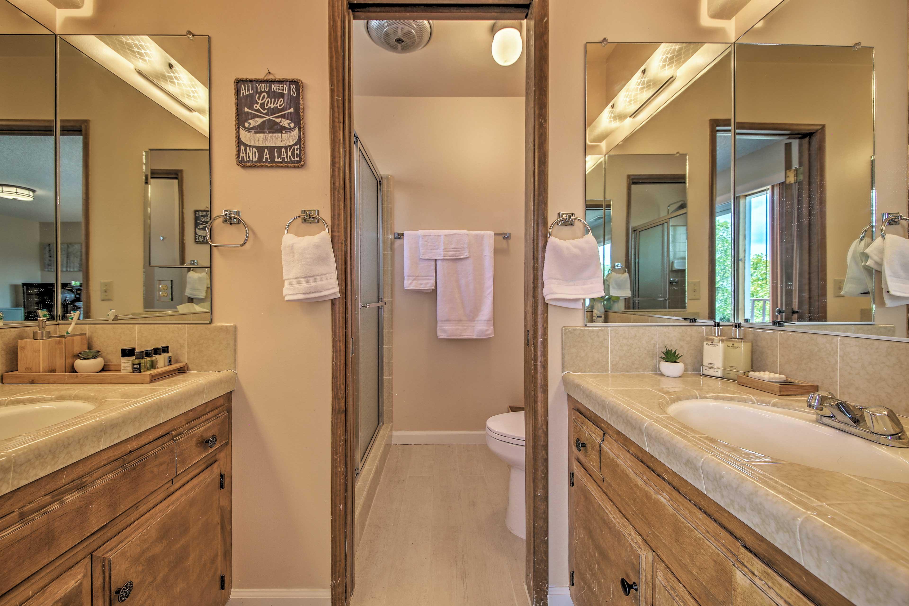 Enjoy the convenience of a master en-suite bathroom.