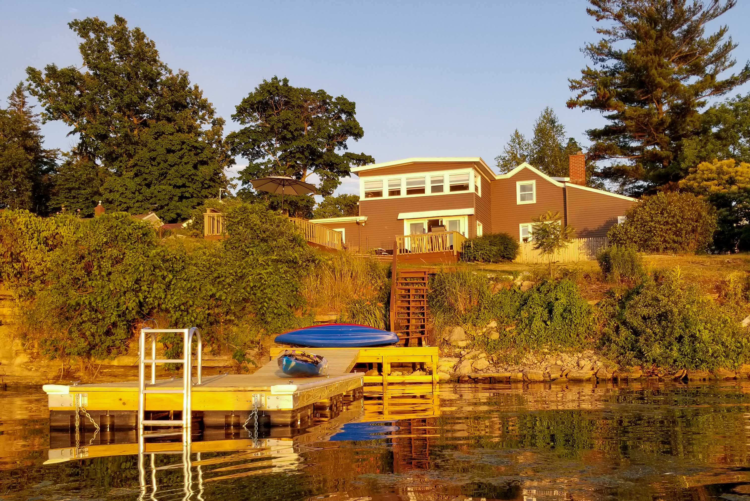 You'll truly love this lakeside paradise.