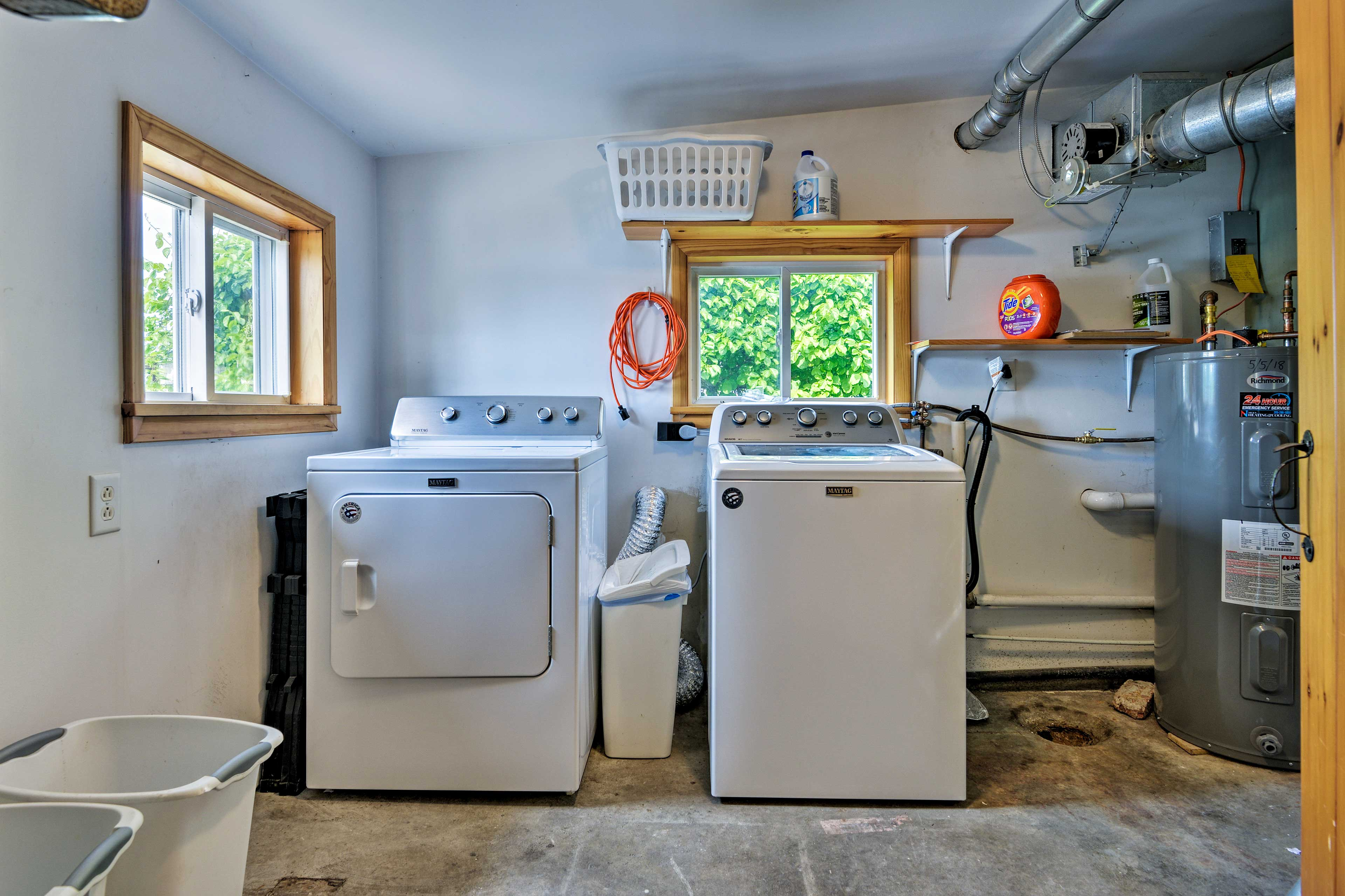 Use the washing machine to keep your clothes nice and clean.