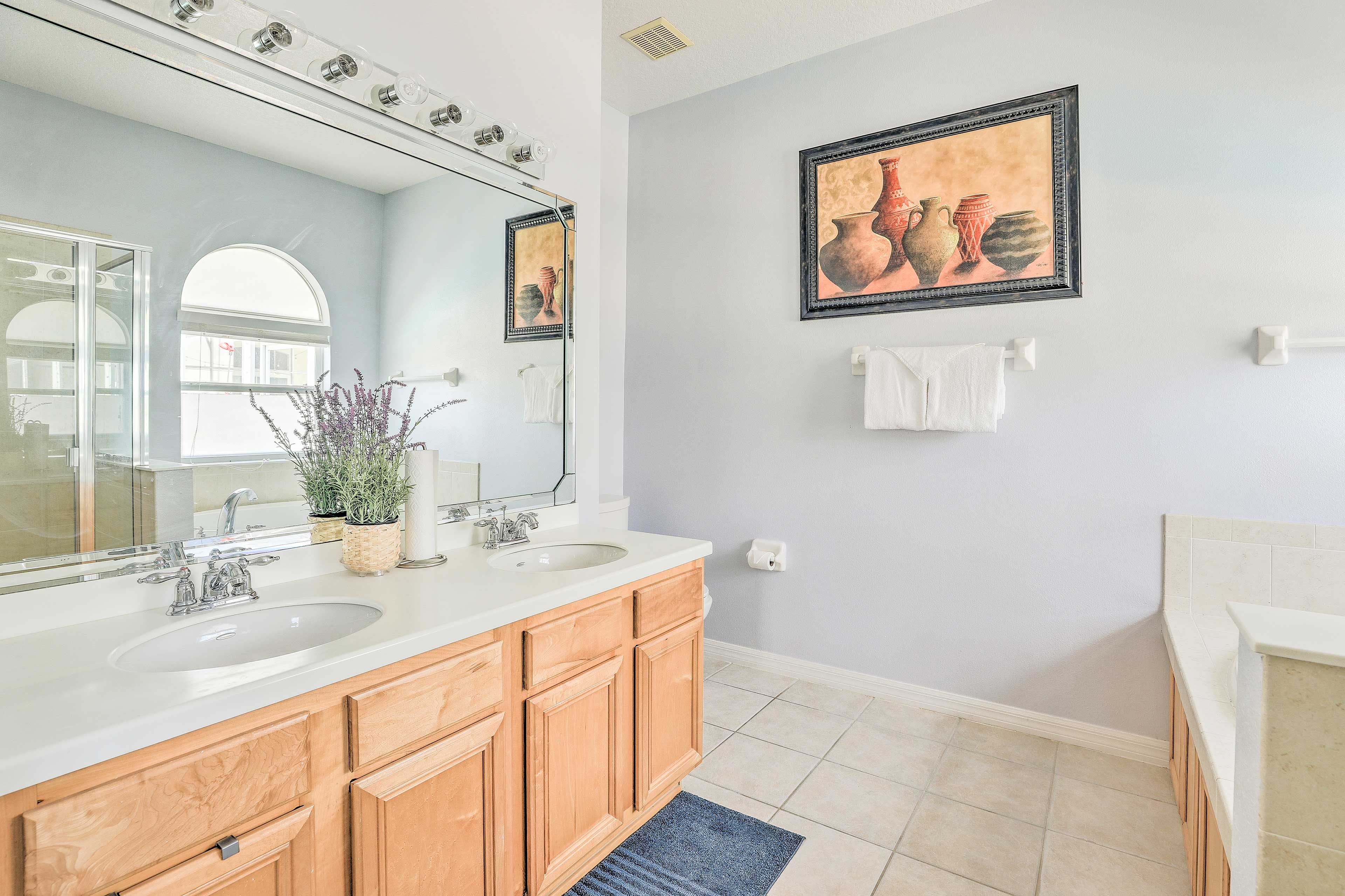 The dual sinks makes getting ready easy!