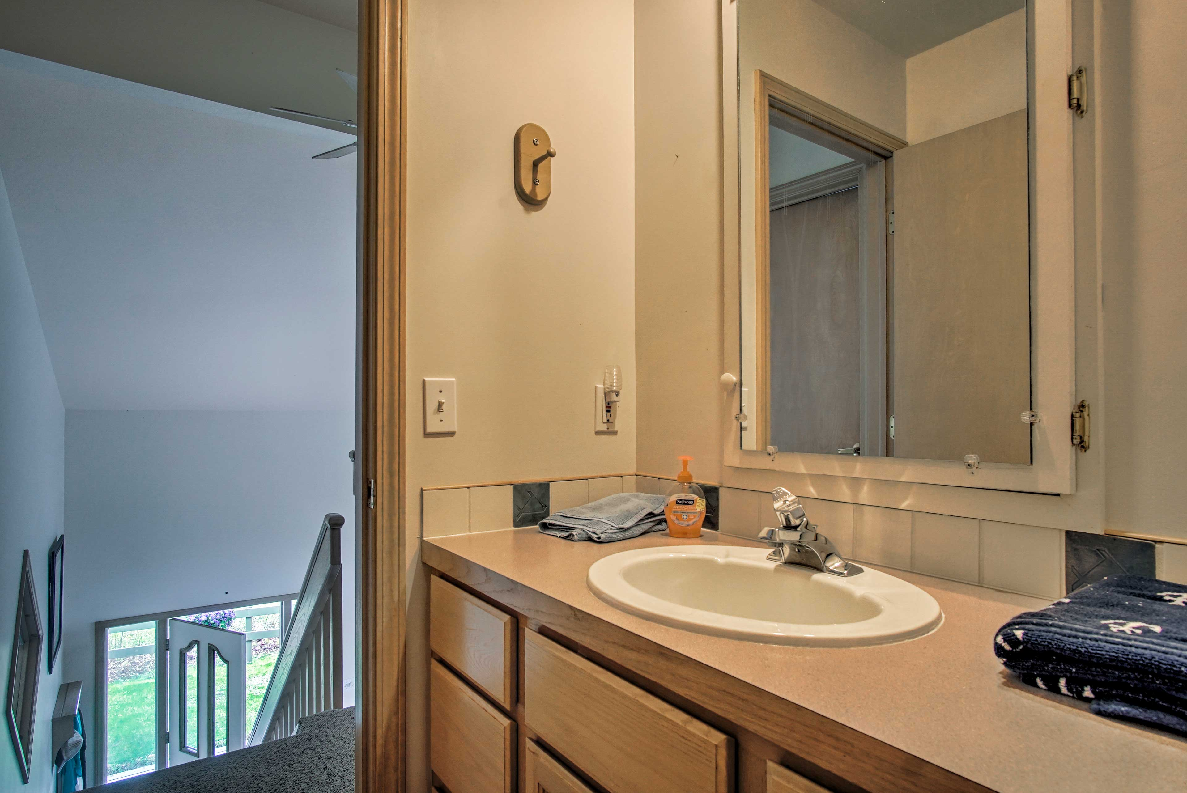 Towels and linens are provided during your stay.