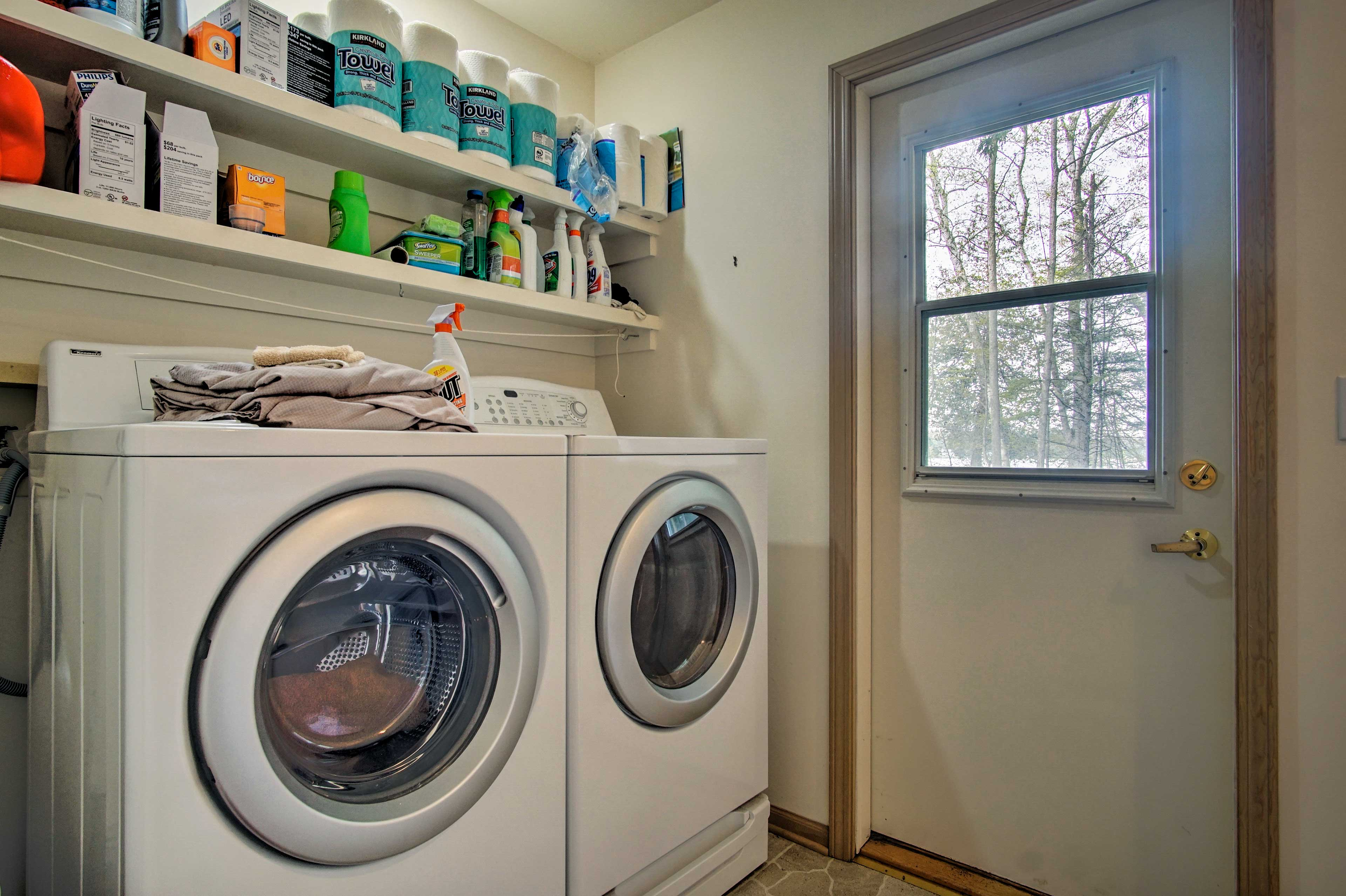 For your convenience, laundry detergent is provided!
