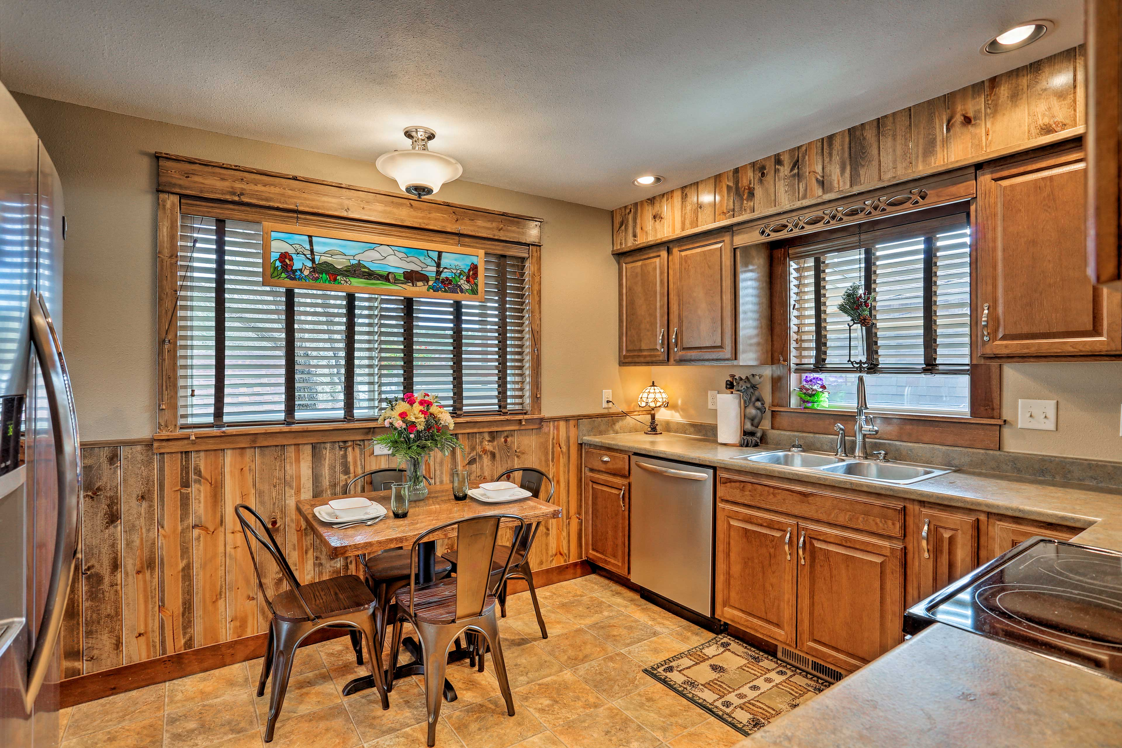 Prepare scrumptious meals in the fully equipped kitchen.