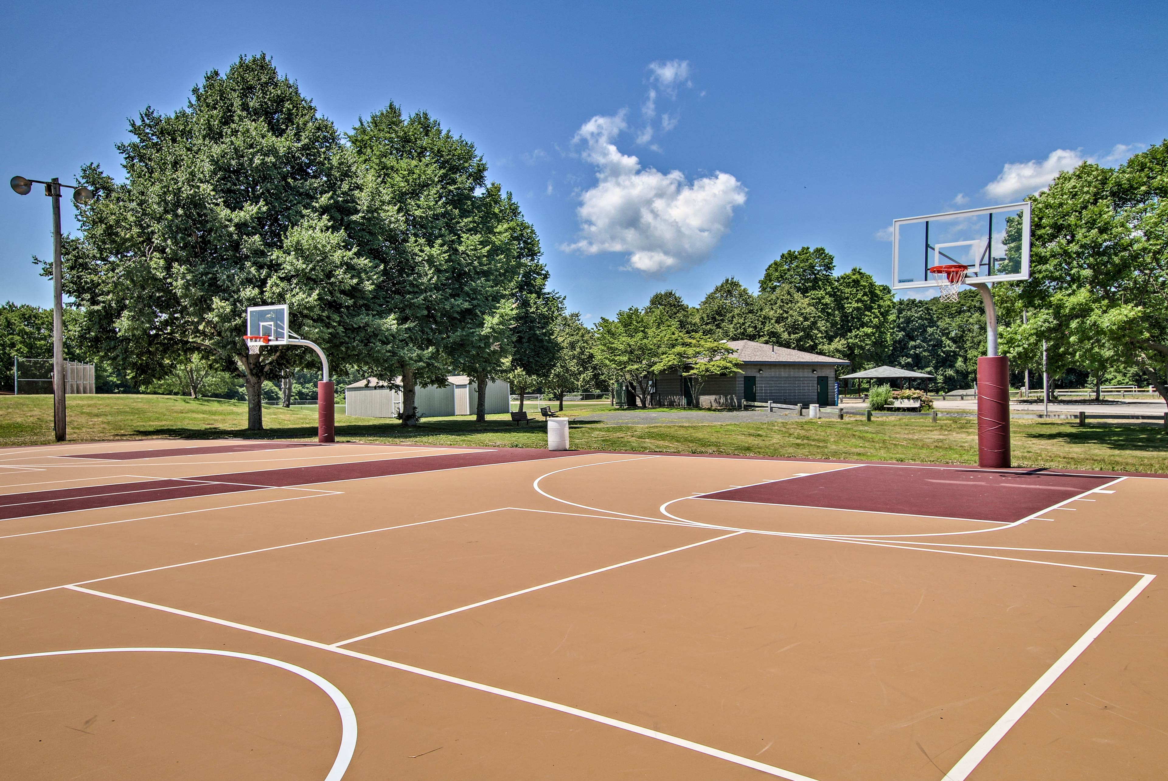 Shoot hoops with the kids at the nearby Rocky Neck State Park!