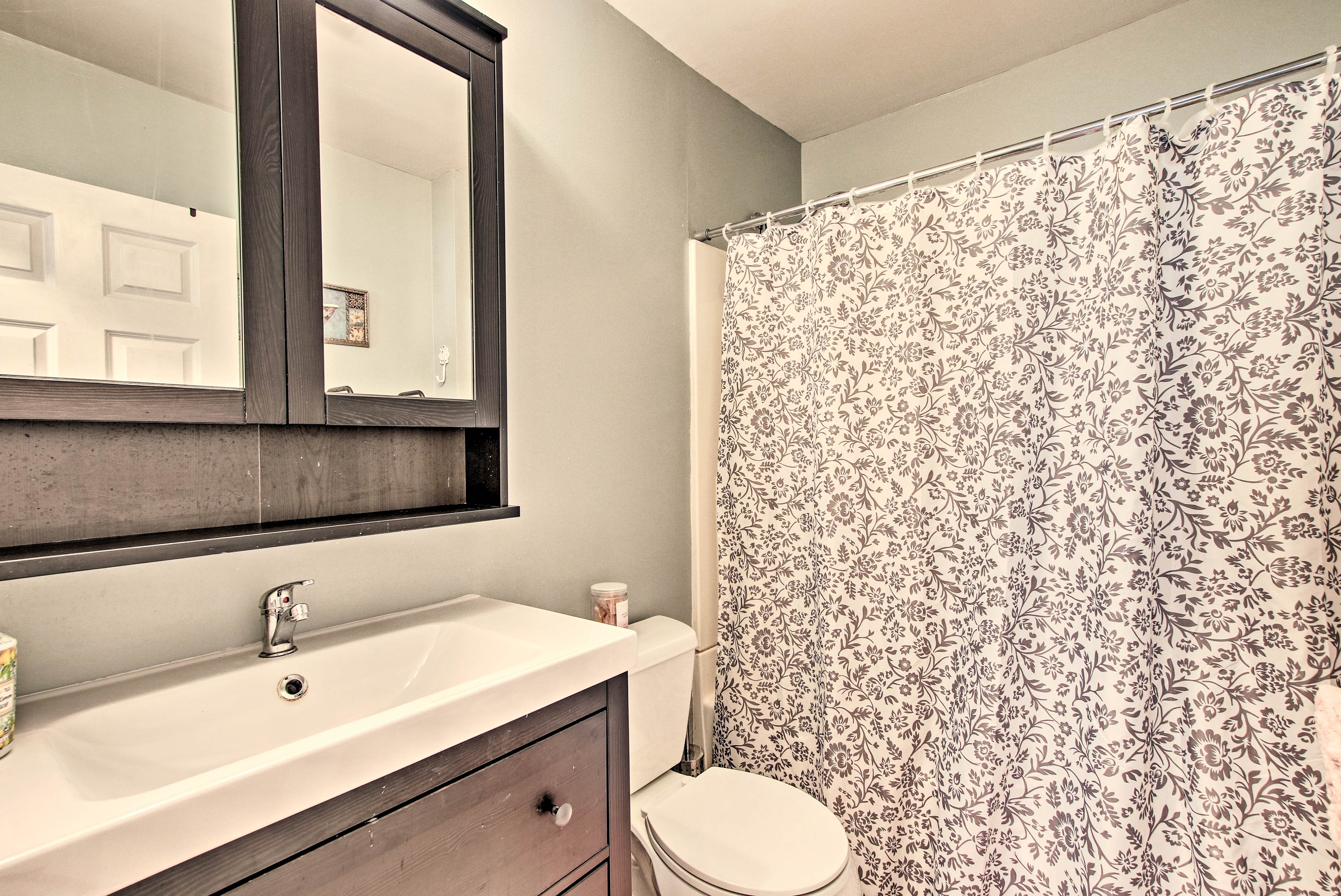 Make mornings easy with a shower/tub combo.