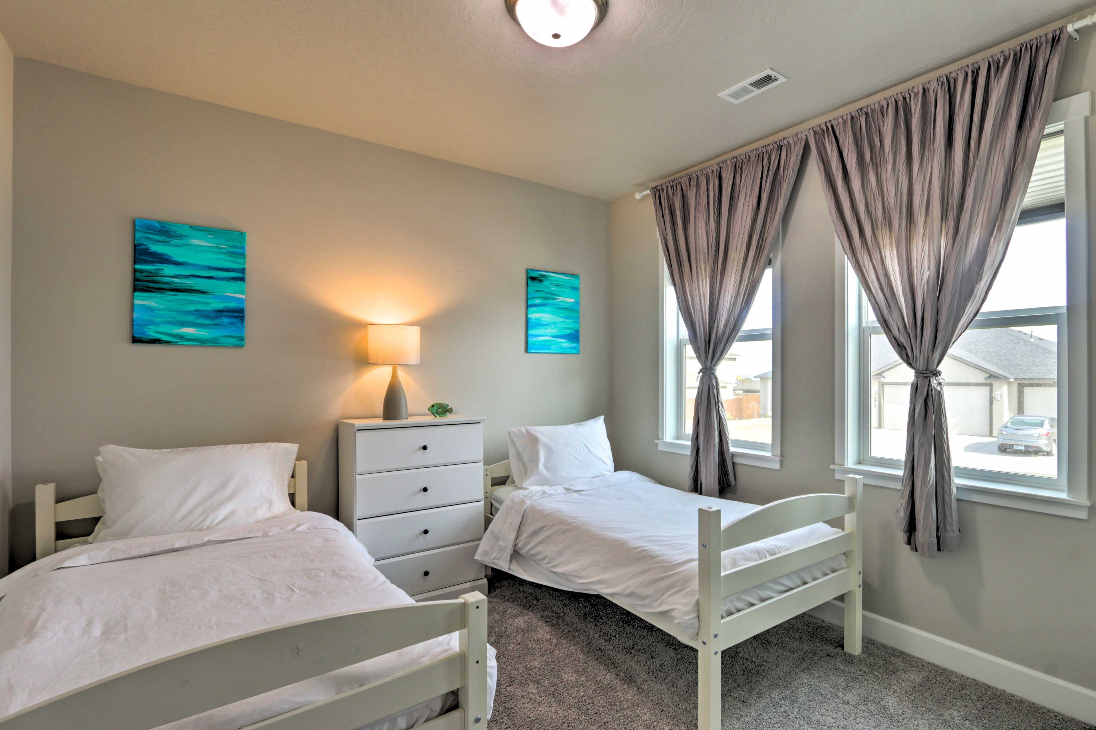 Bedroom 3   2 Twin Beds   Linens Provided