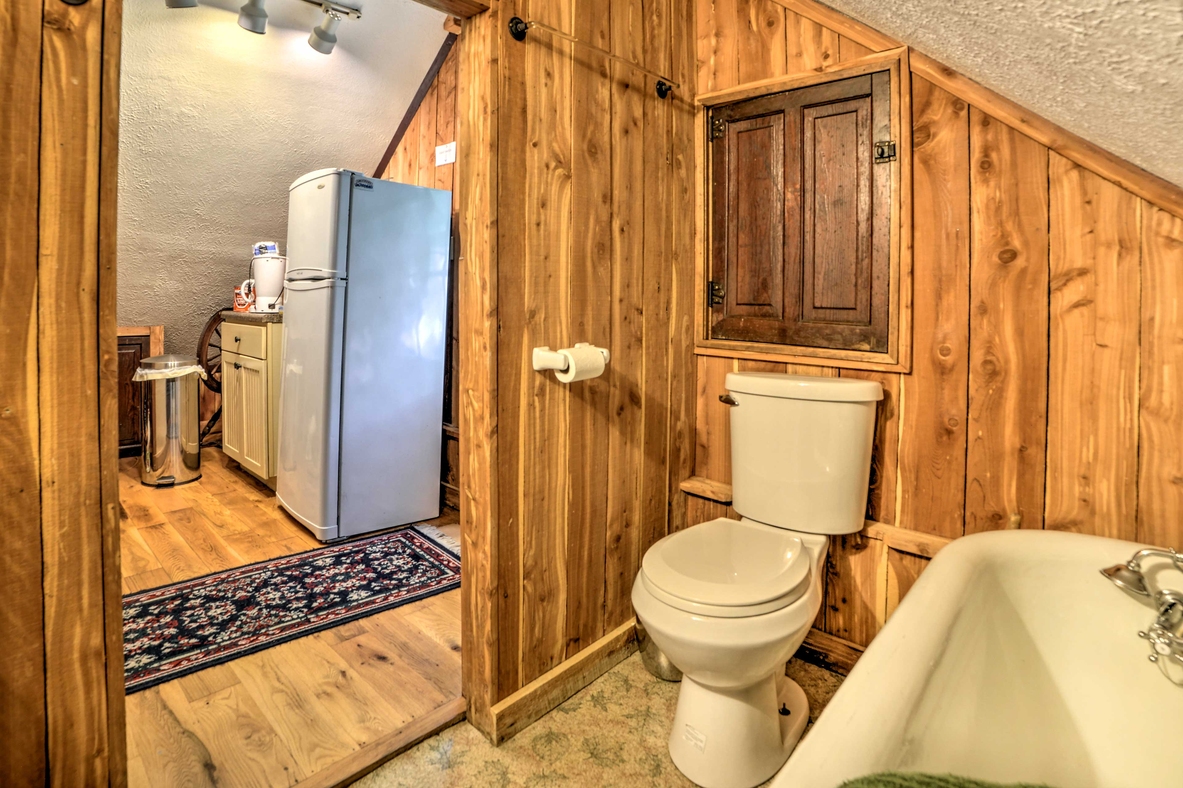 There's a full bathroom off the loft.