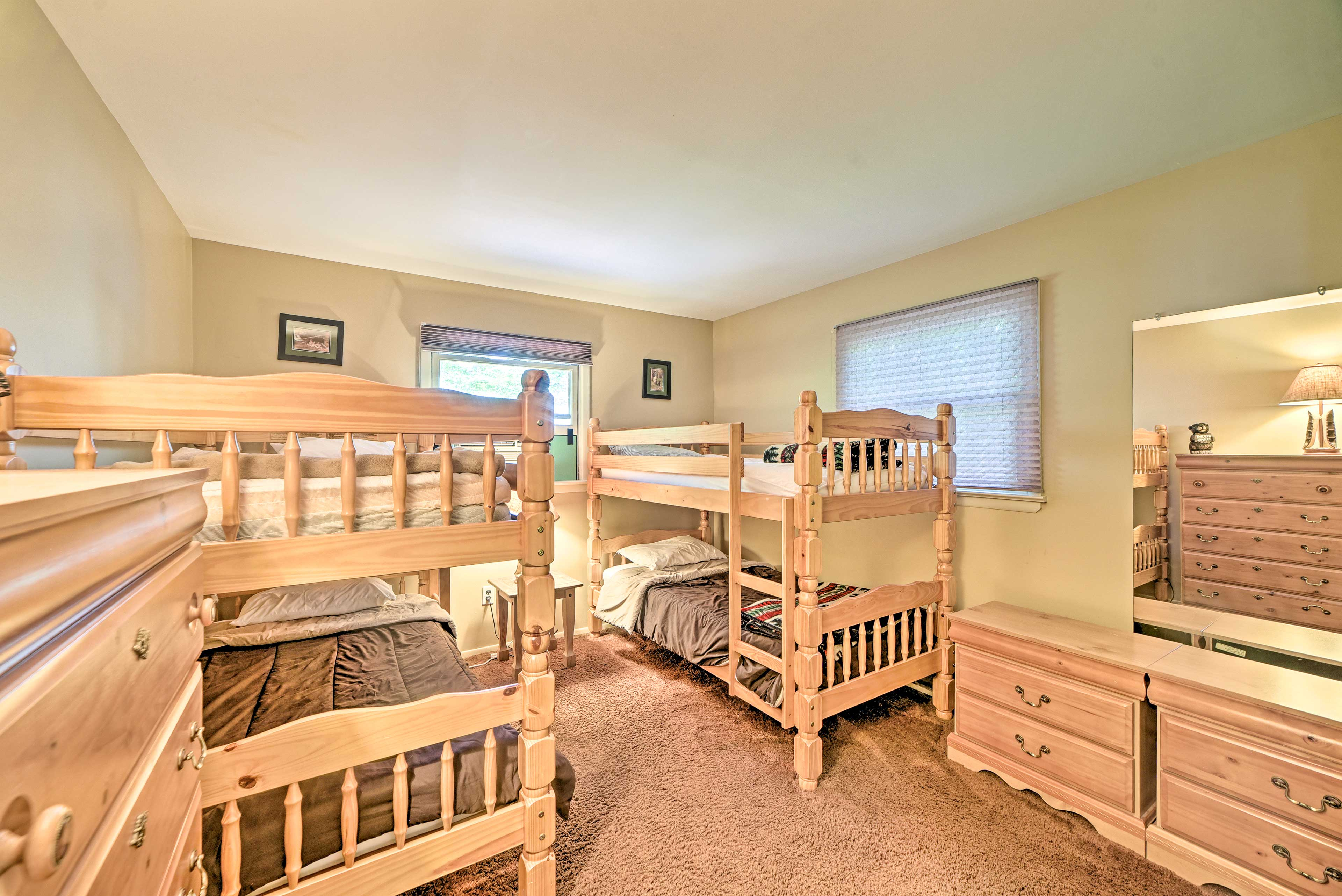 Bedroom 3 | 2 Twin Bunk Beds | 2nd Level