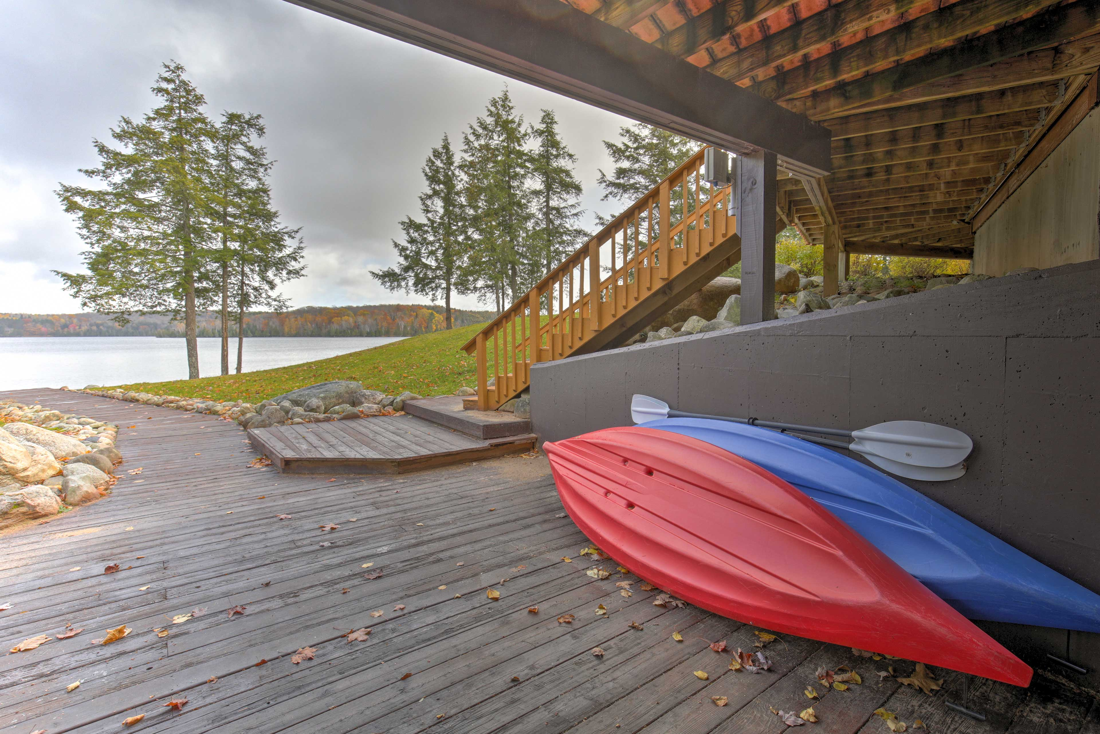 Private Outdoor Space | 2 Kayaks Provided
