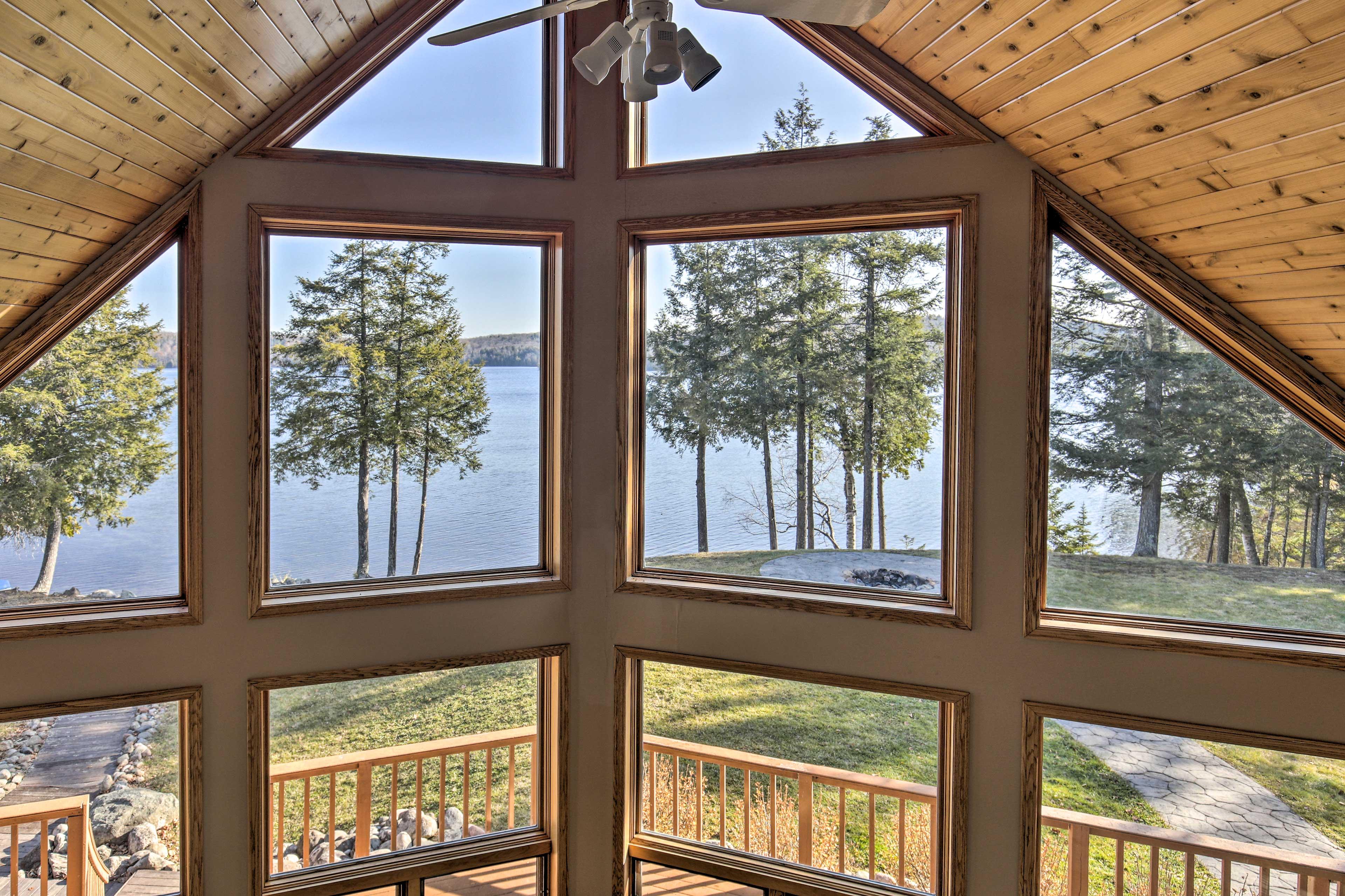 Loft | Lake Views