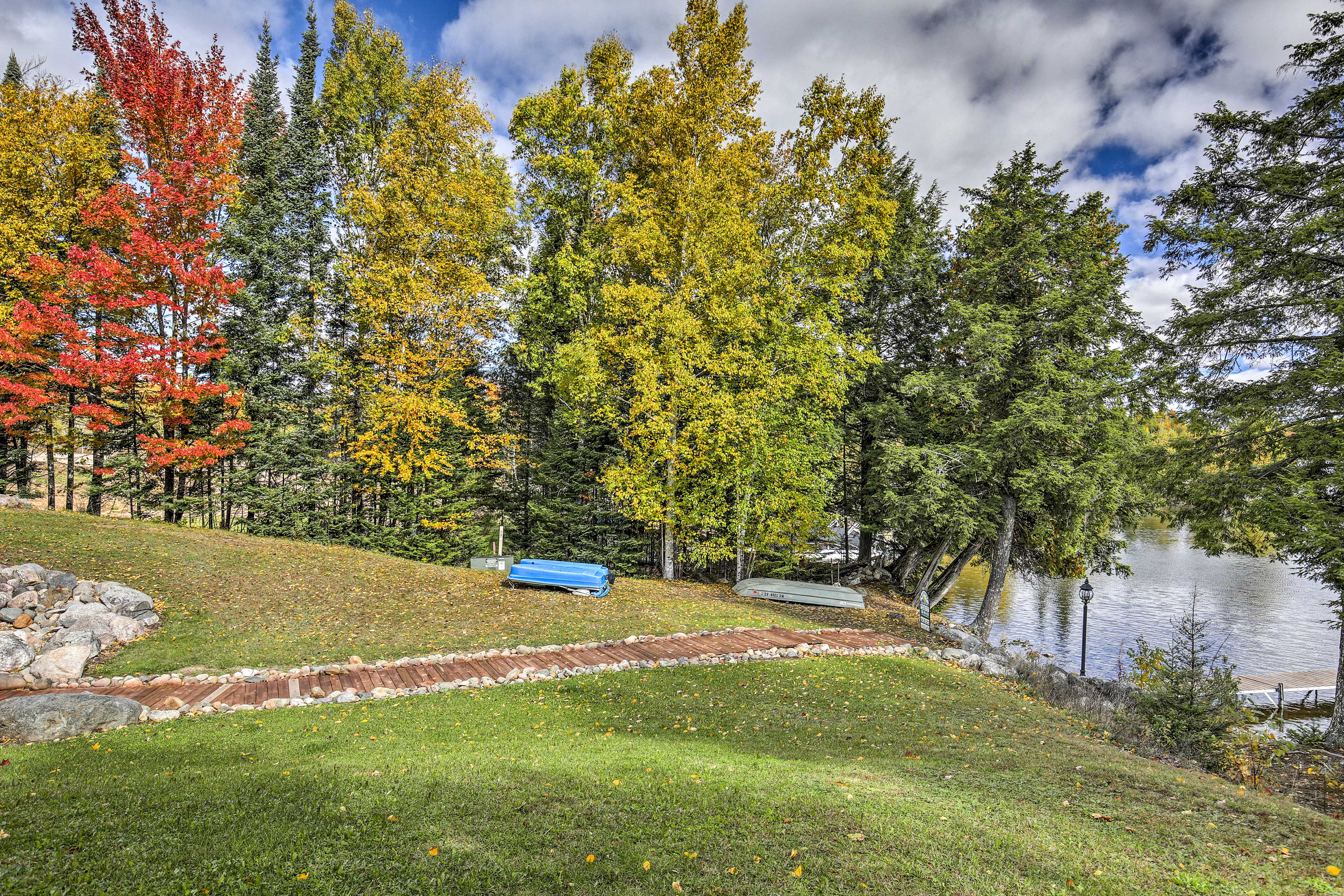 Private Outdoor Space | Paddleboat Provided