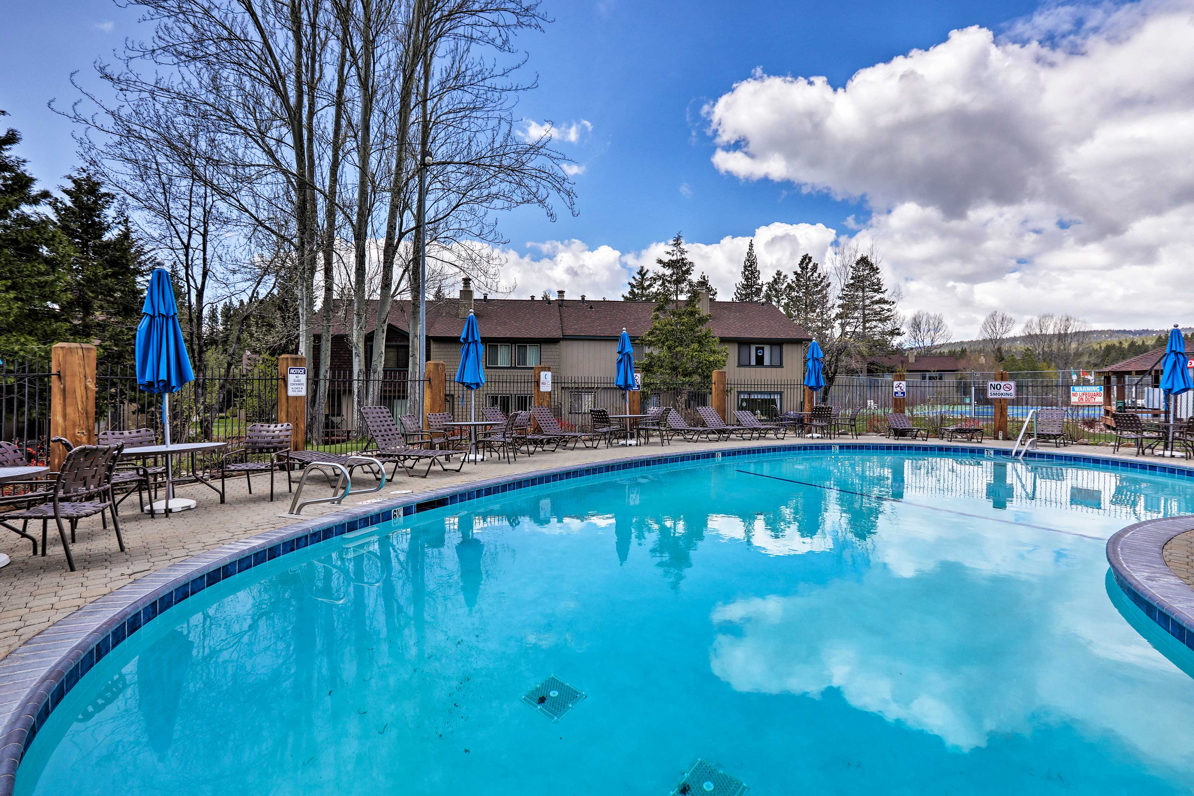 The home is located at Lake Forest Glen and has access to pools!