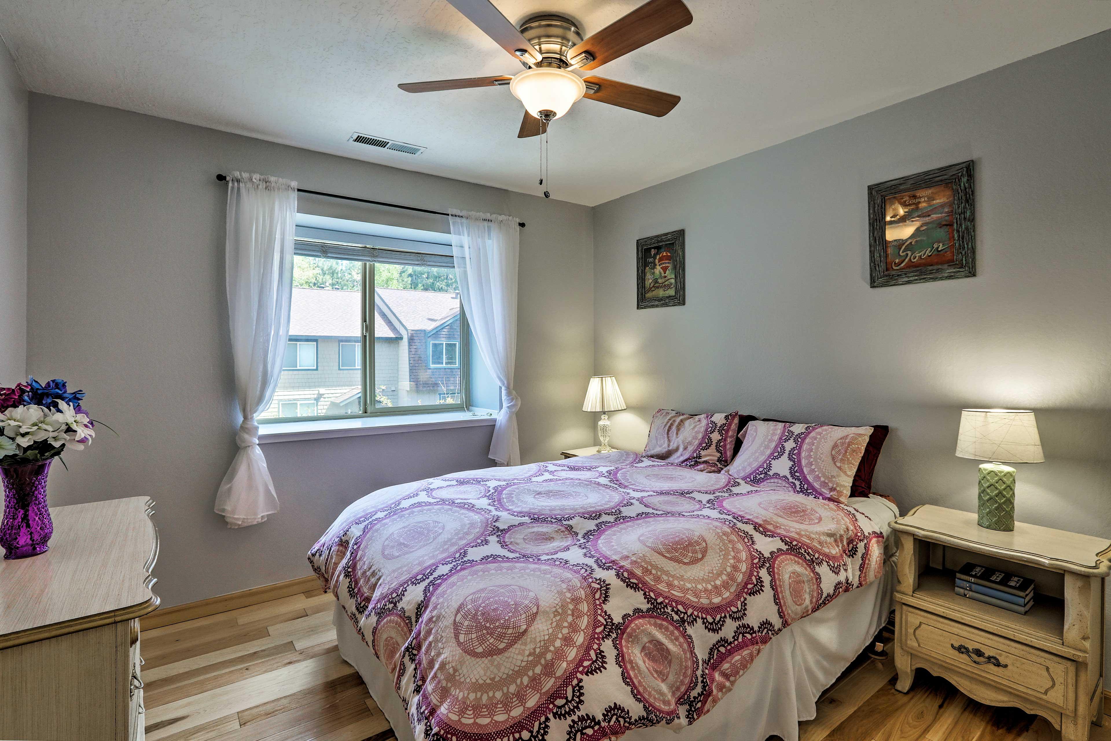 This bedroom has a queen bed.