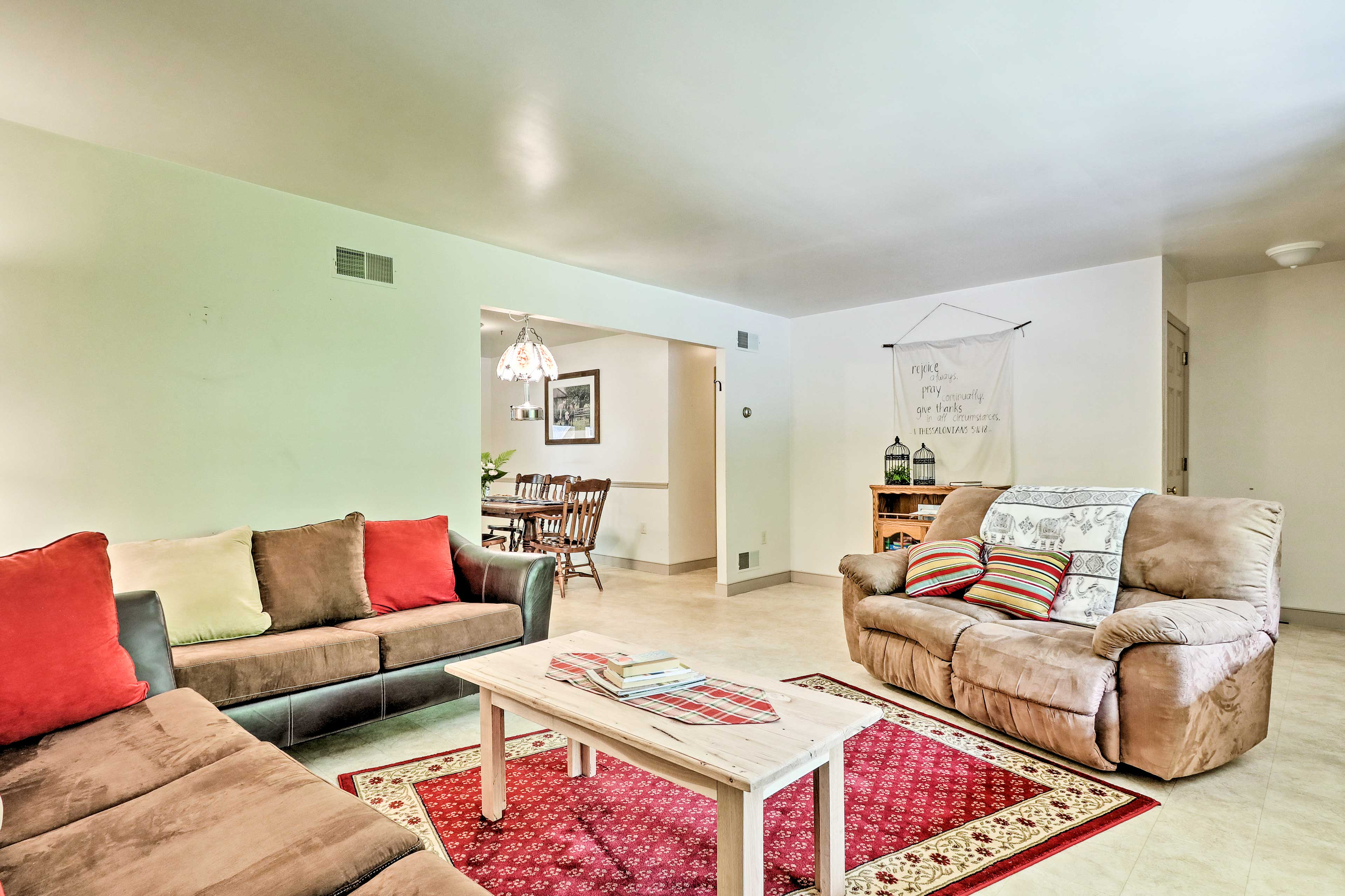 The home comes equipped with wireless internet so you can Netflix & chill!