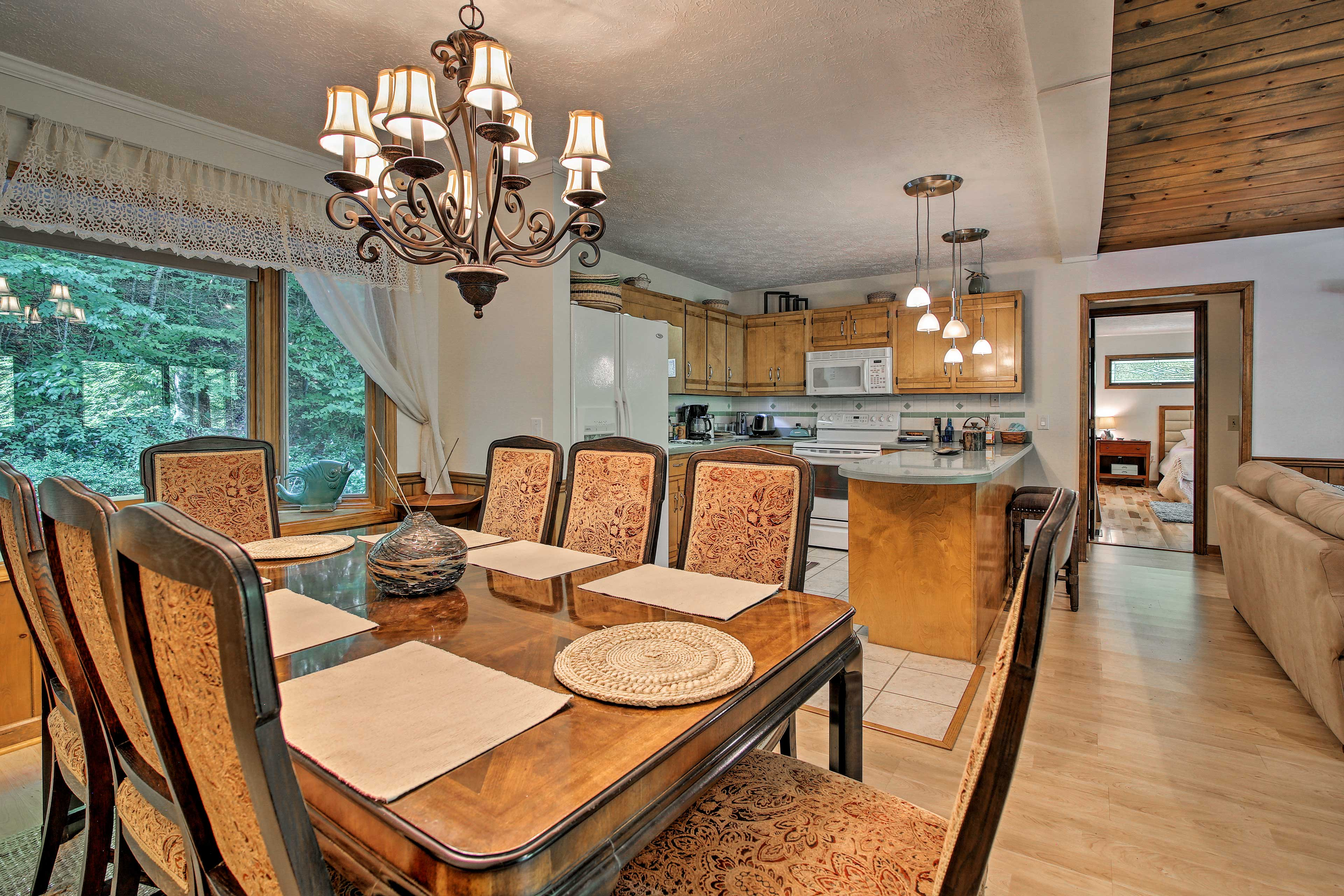 Celebrate your formal occasions around this dining table.