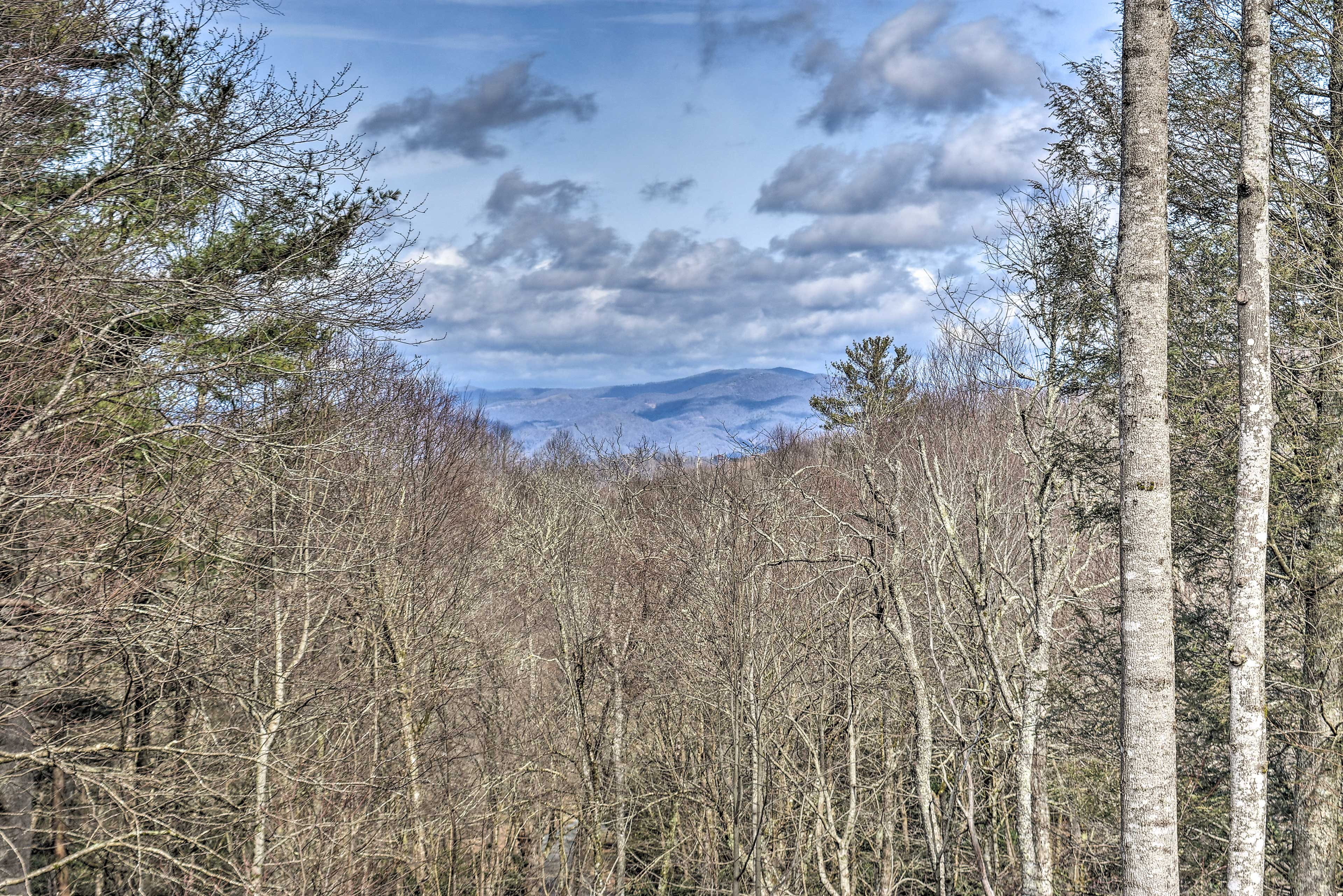 Property Exterior   Mountain Views