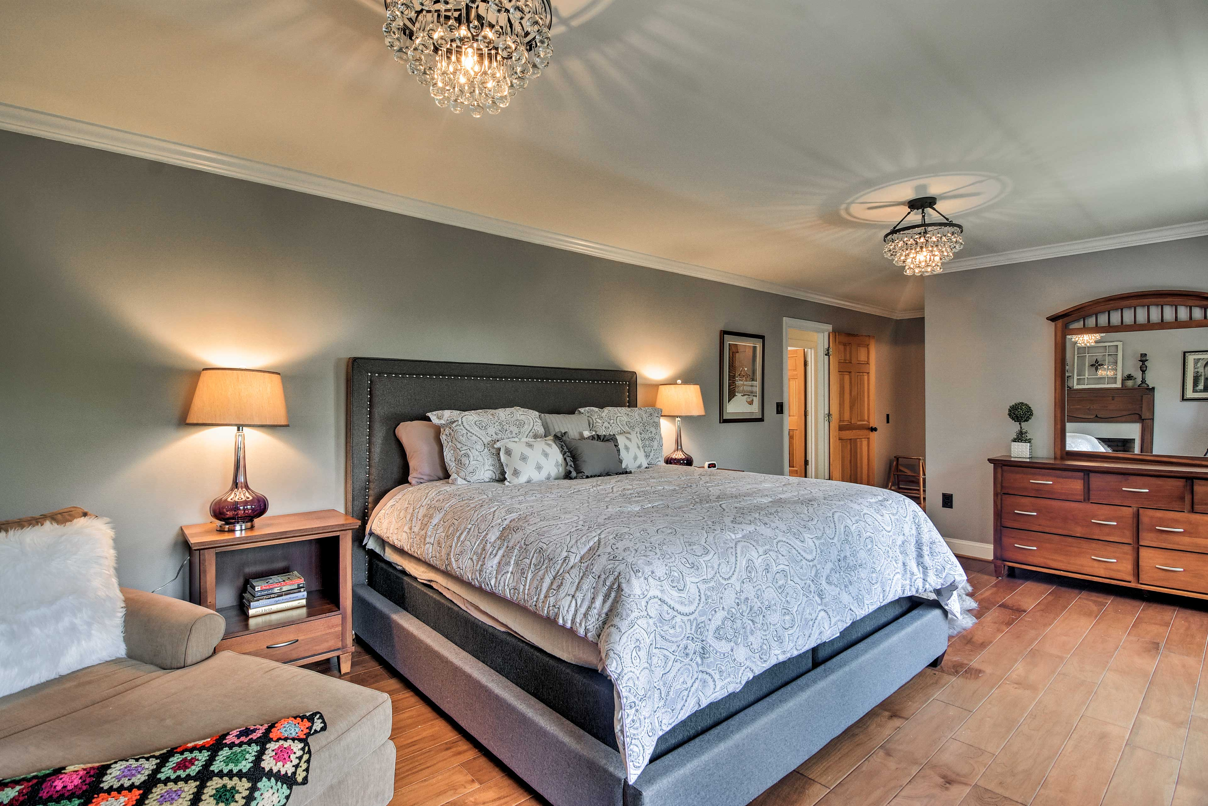 Bedroom Suite 2   Linens Provided
