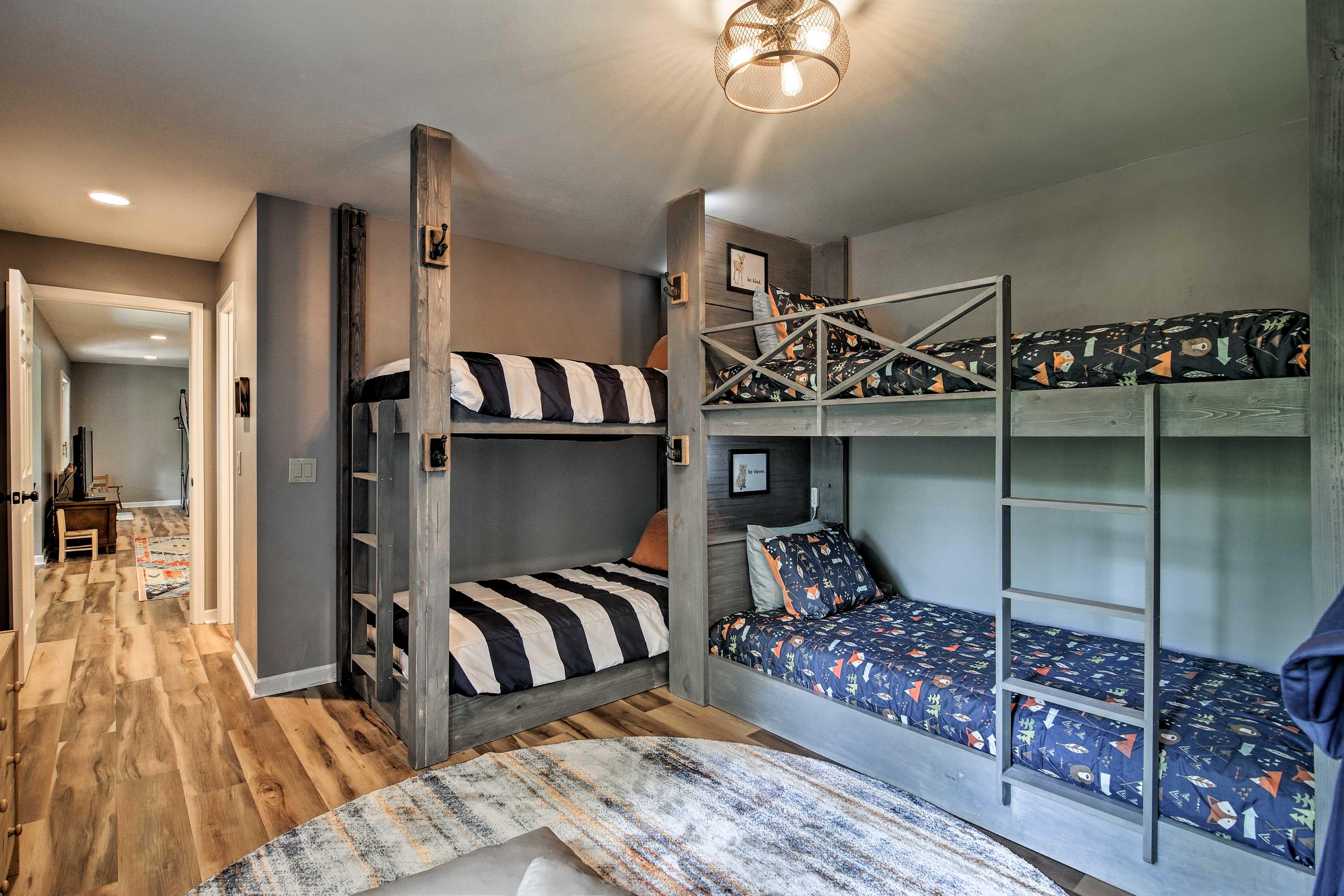 Bedroom 5   3 XL Twin Bunk Beds