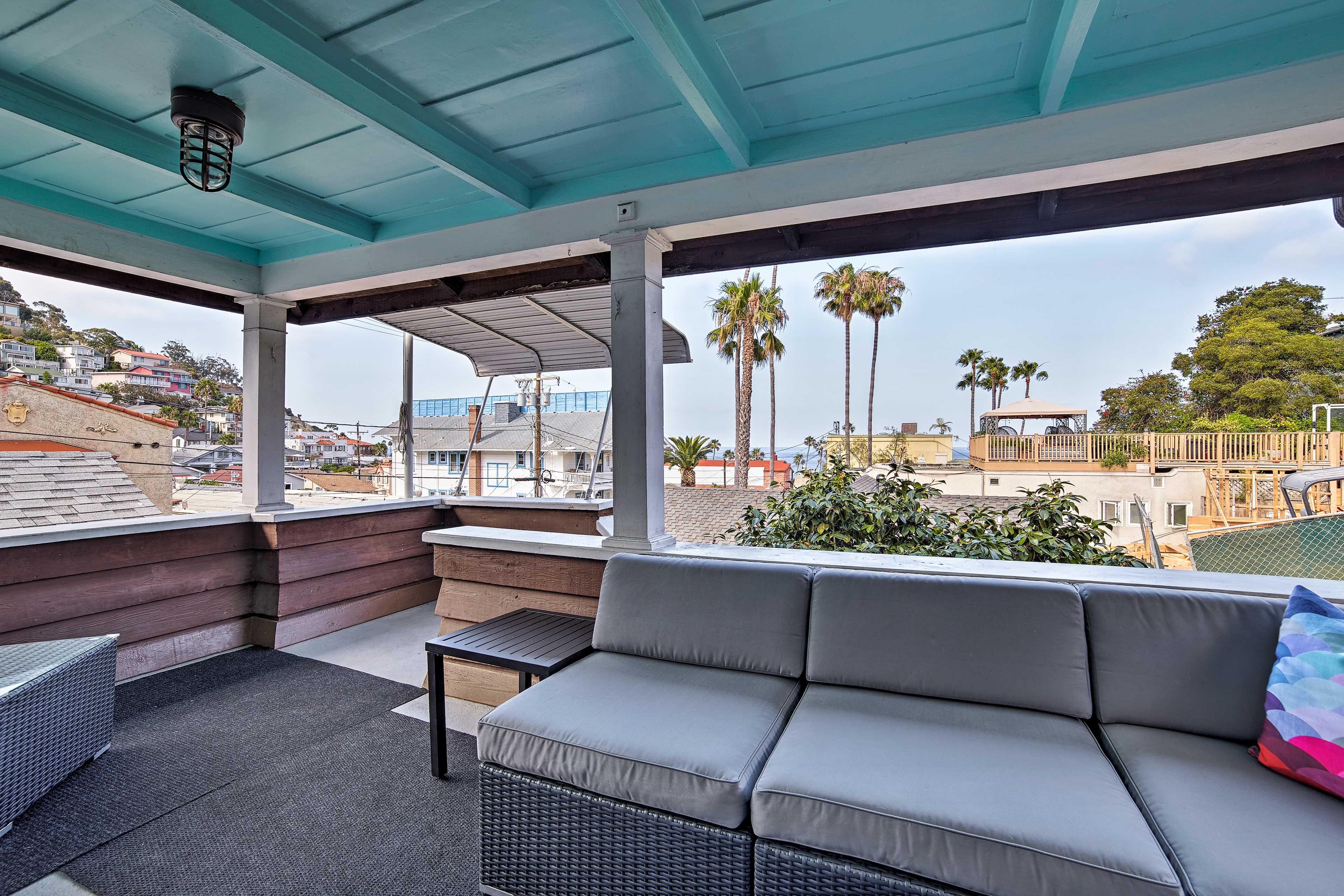 Hop over to Catalina Island and enjoy a sun-filled getaway in Avalon!