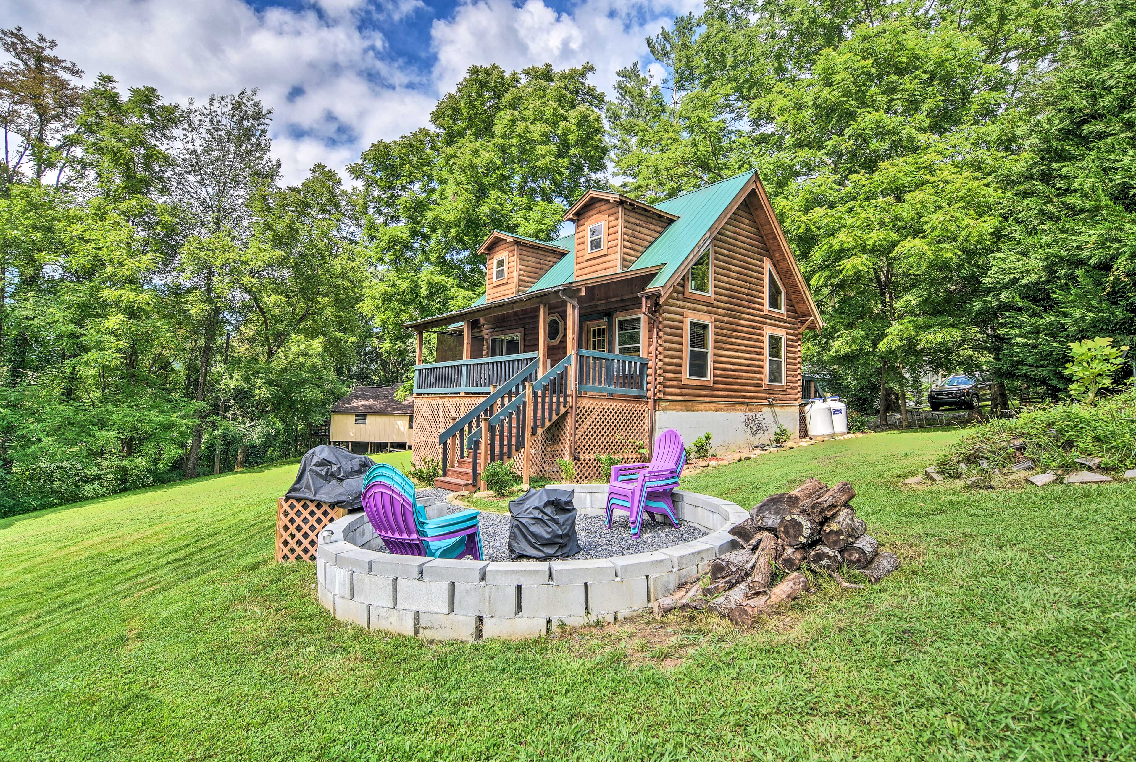 Escape to Maggie Valley at this lovely vacation rental cabin.