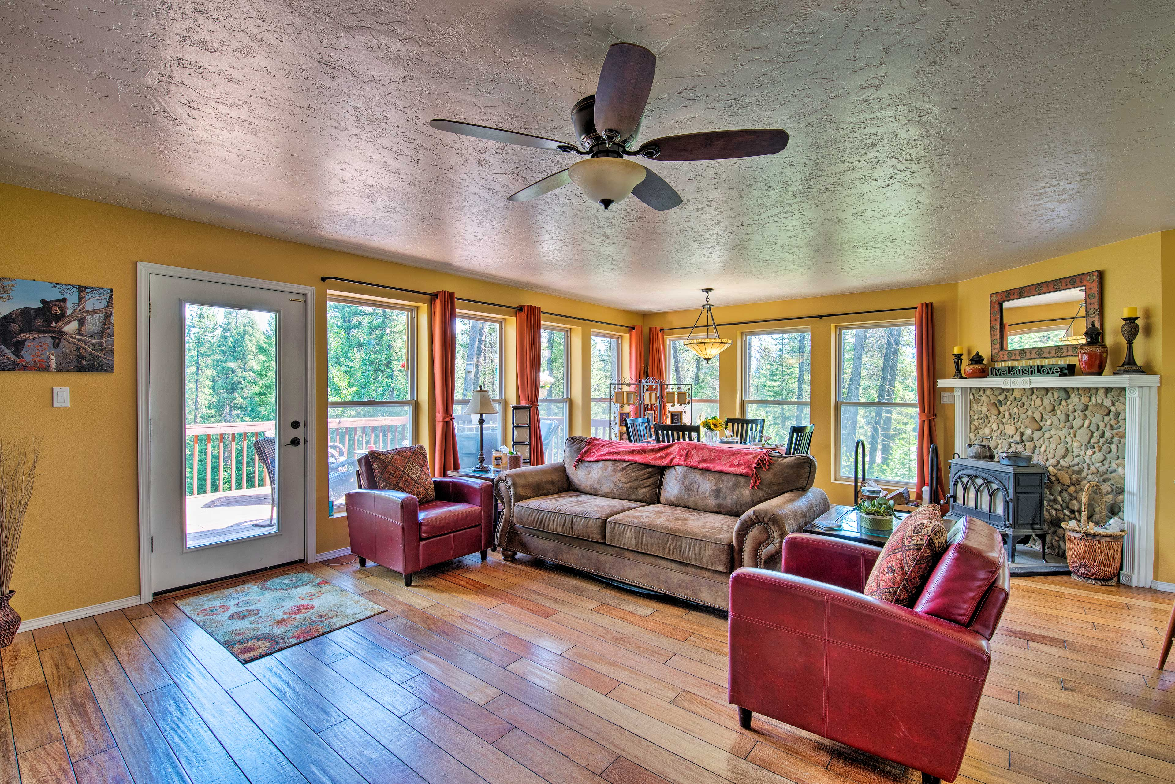 This warm and welcoming home for 12 has everything you need.