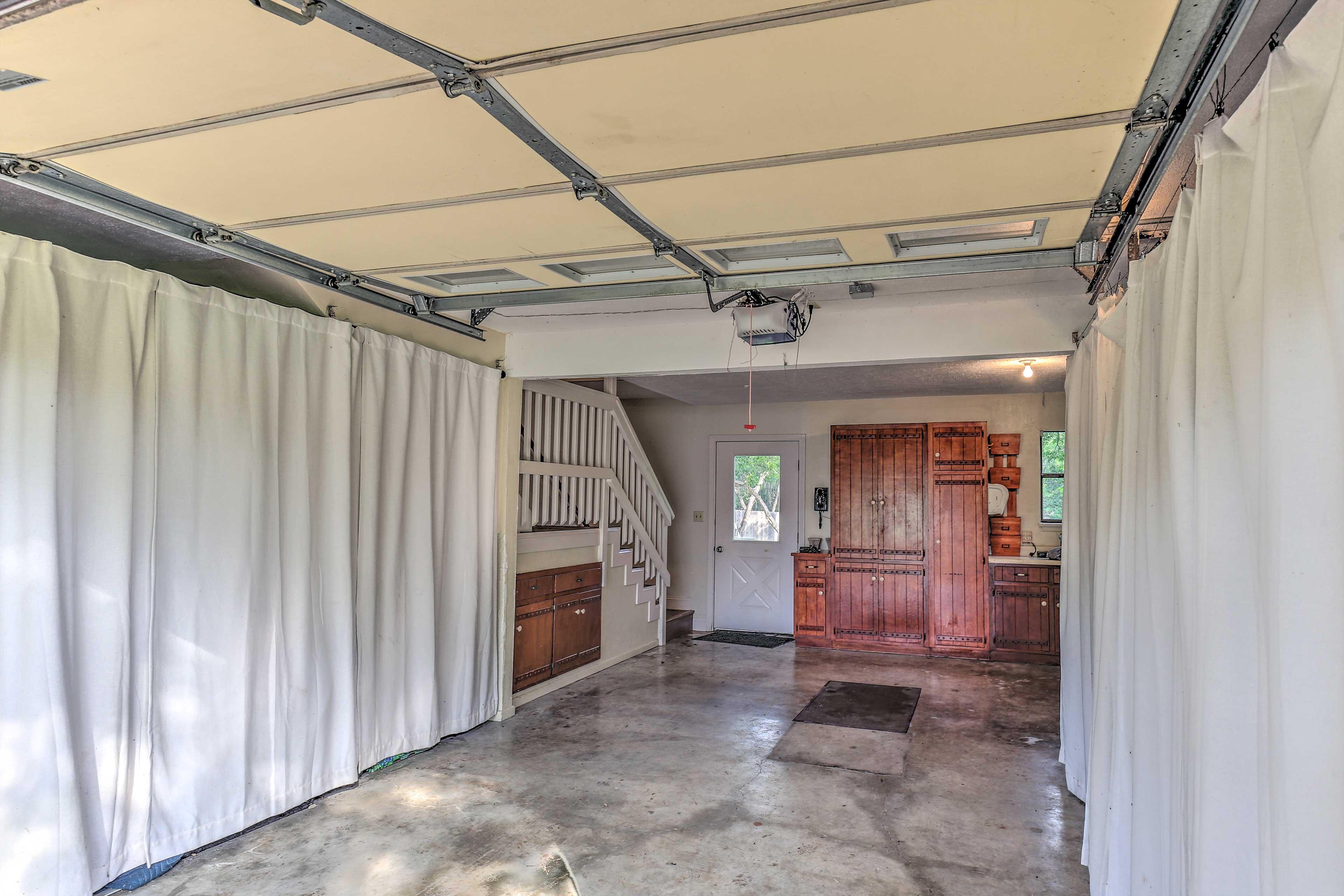 Garage Entryway