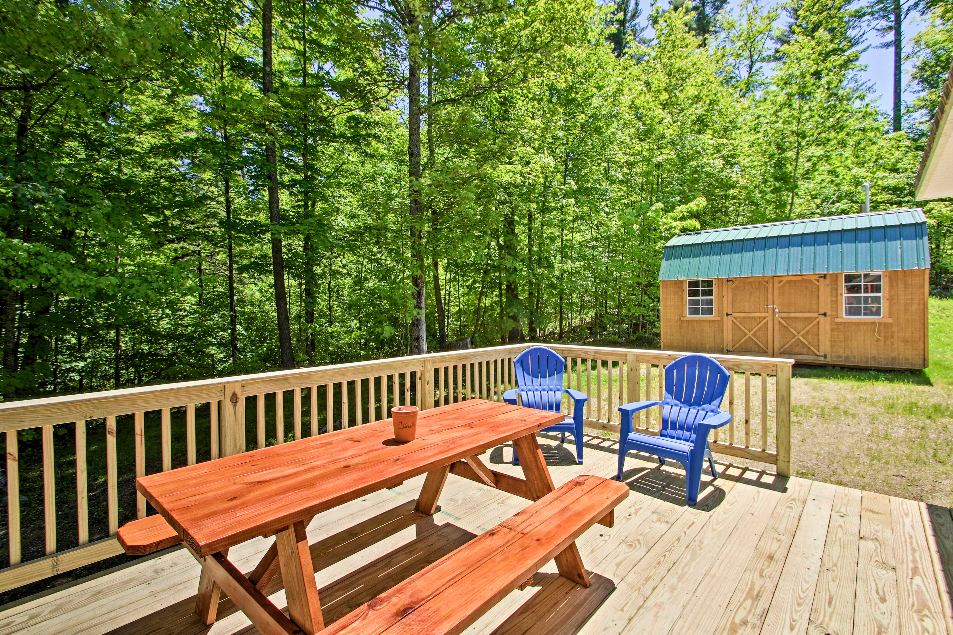 Look forward to some revitalizing R&R when you stay at this peaceful property.