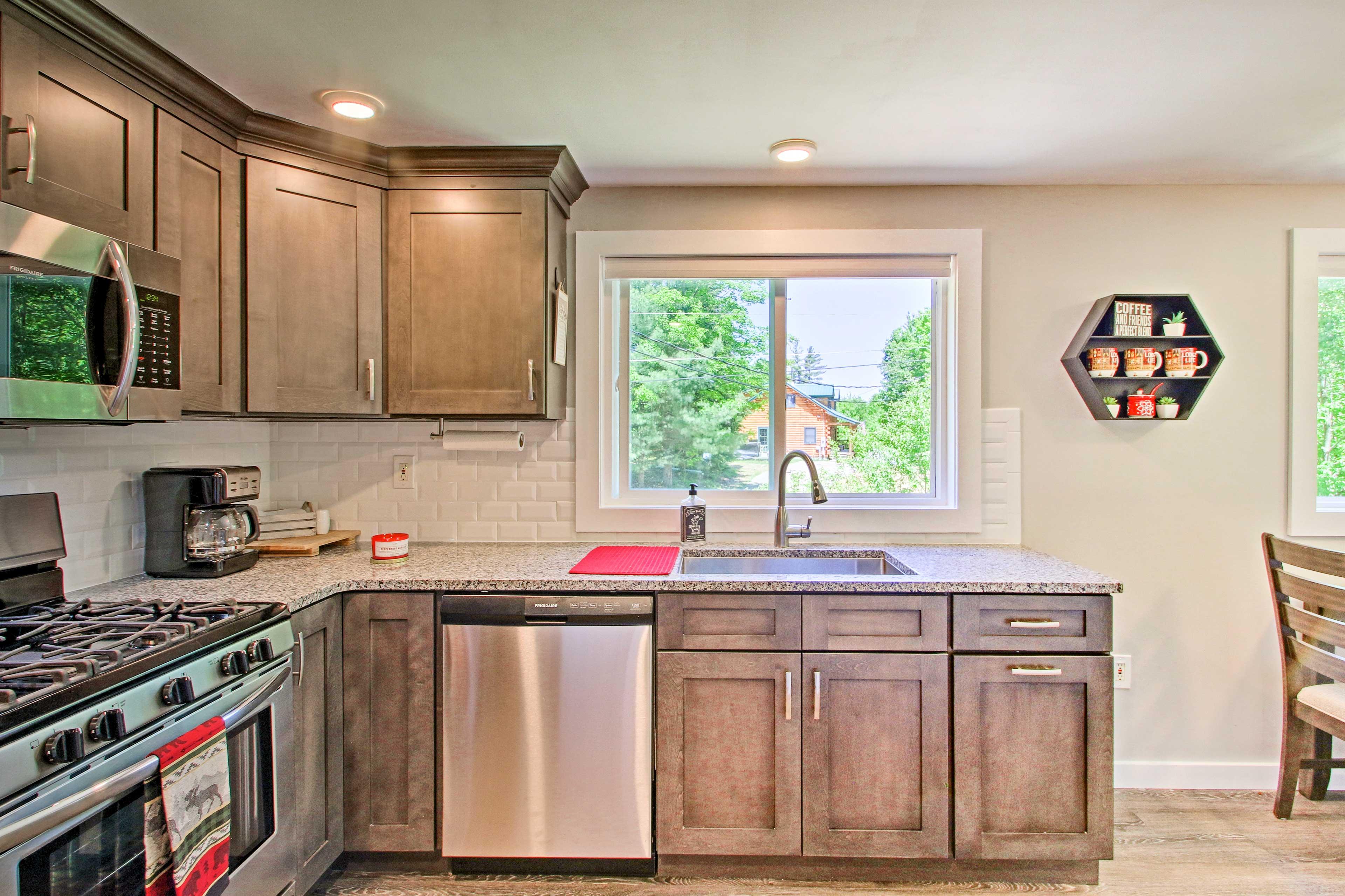Appliances provided include a drip coffeemaker, blender, & crock pot.