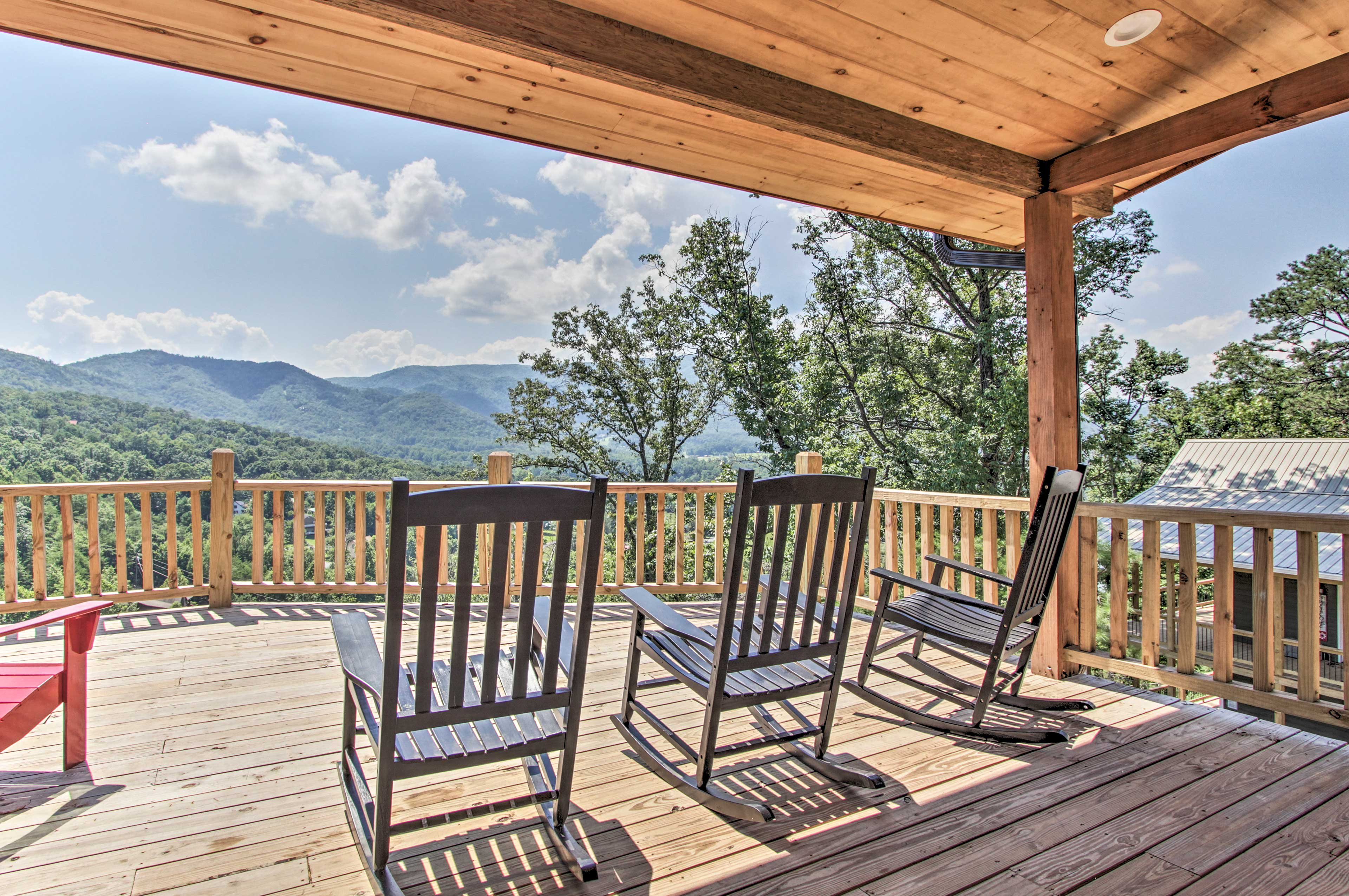 Private Deck   Rocking Chairs