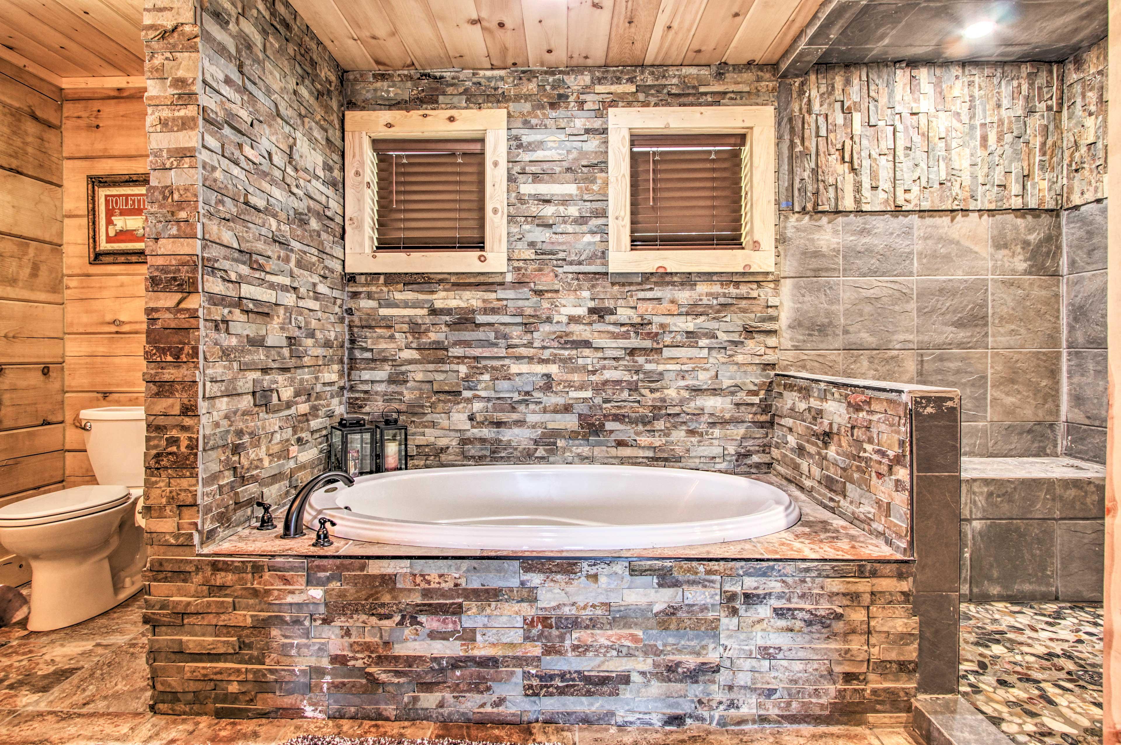 Full Bathroom   Shower   Tub