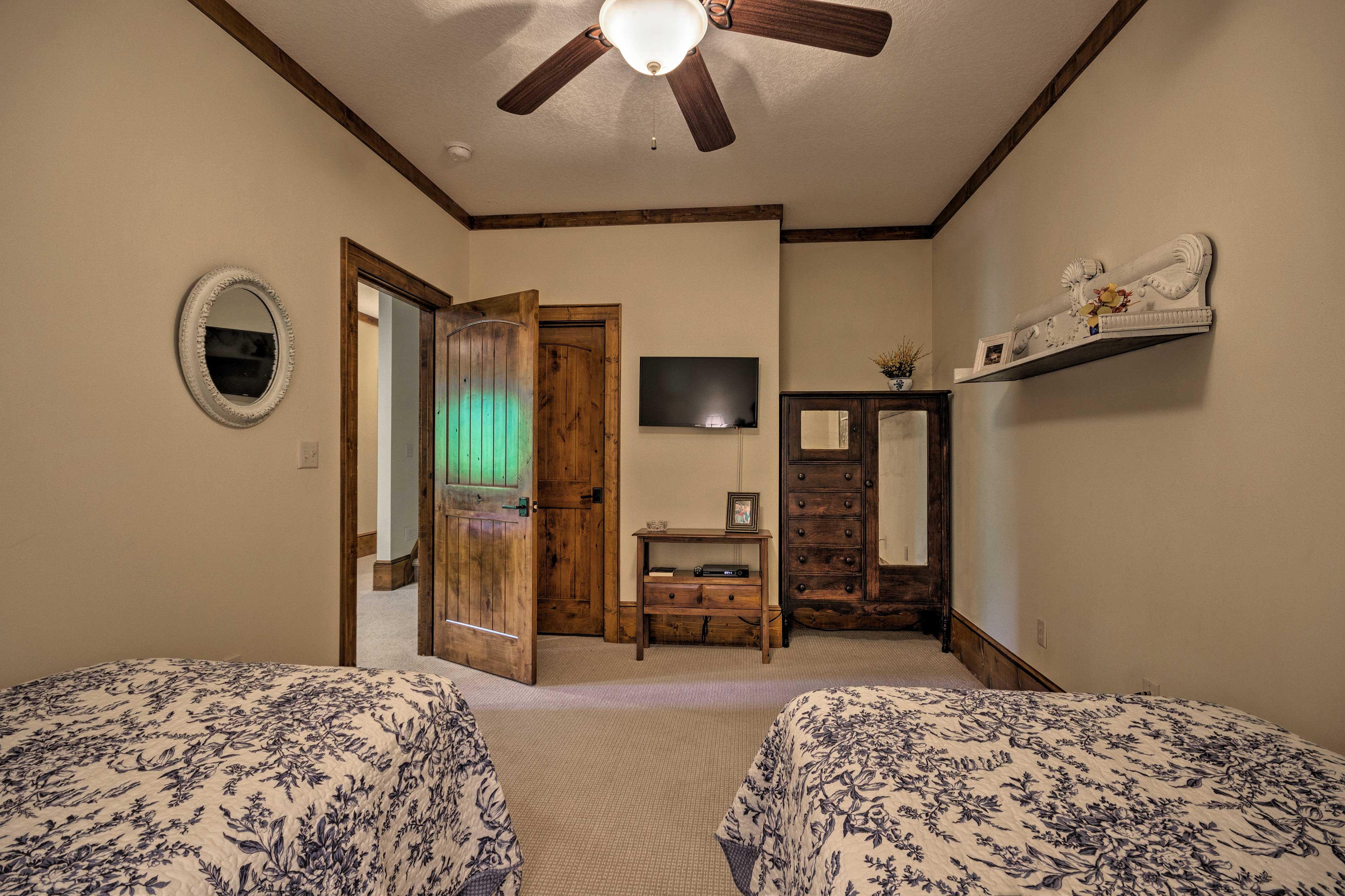 The home boasts a flat-screen Smart TV.