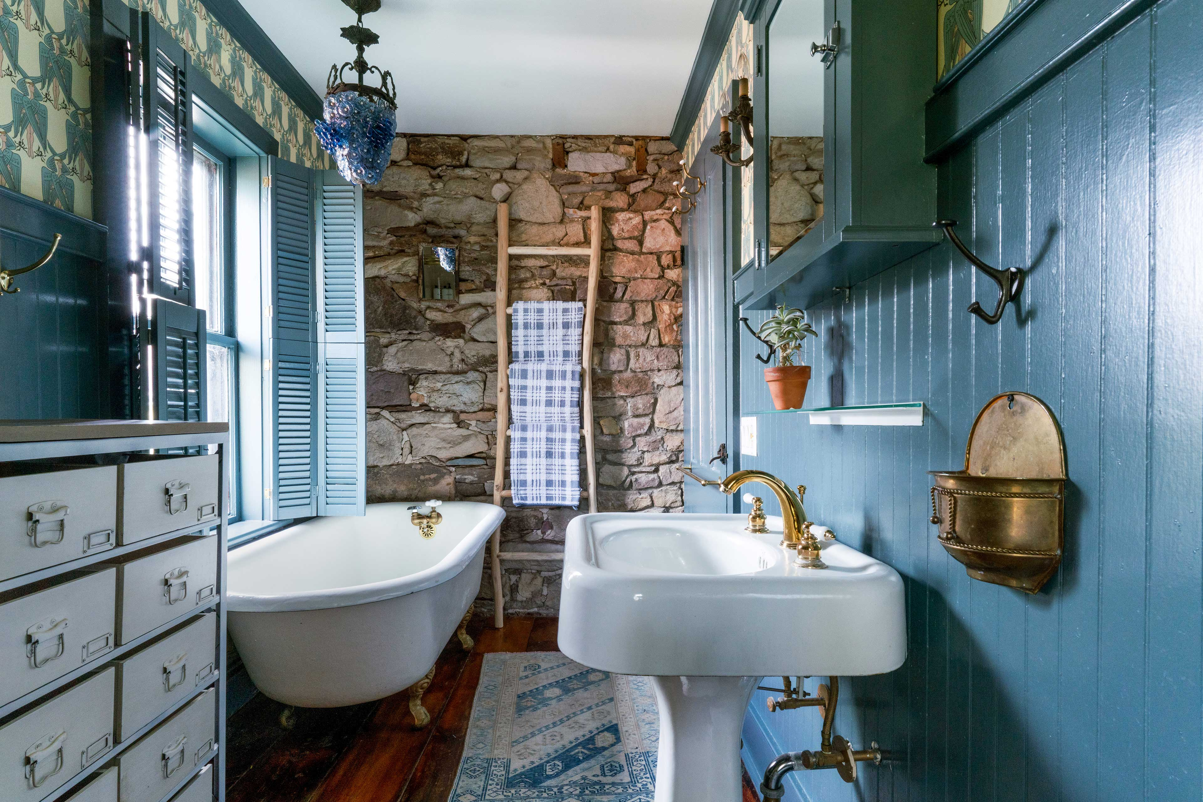 Sink into the clawfoot tub and relax.
