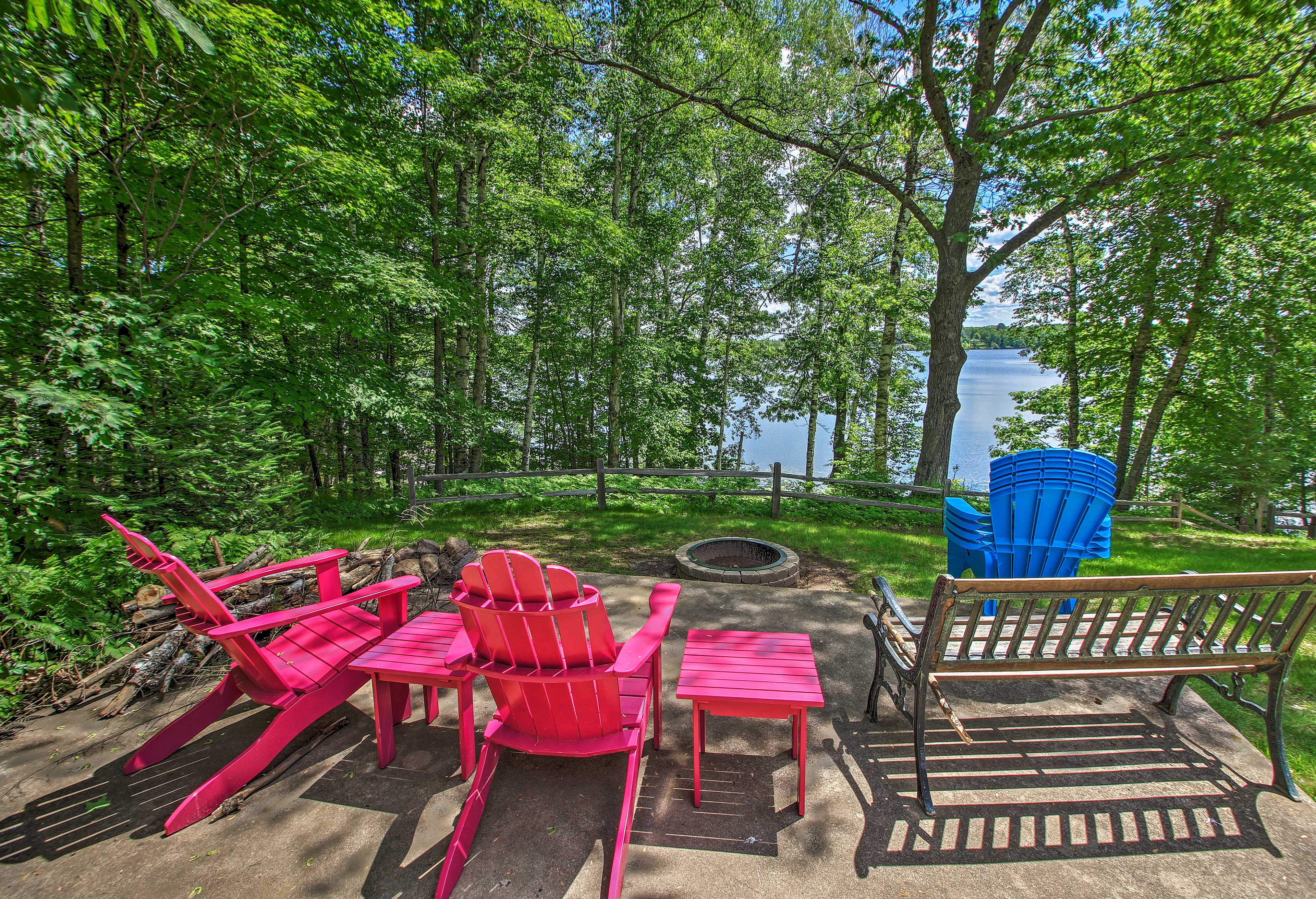 Crack open a cold one around the fire pit and take in stunning lake views!