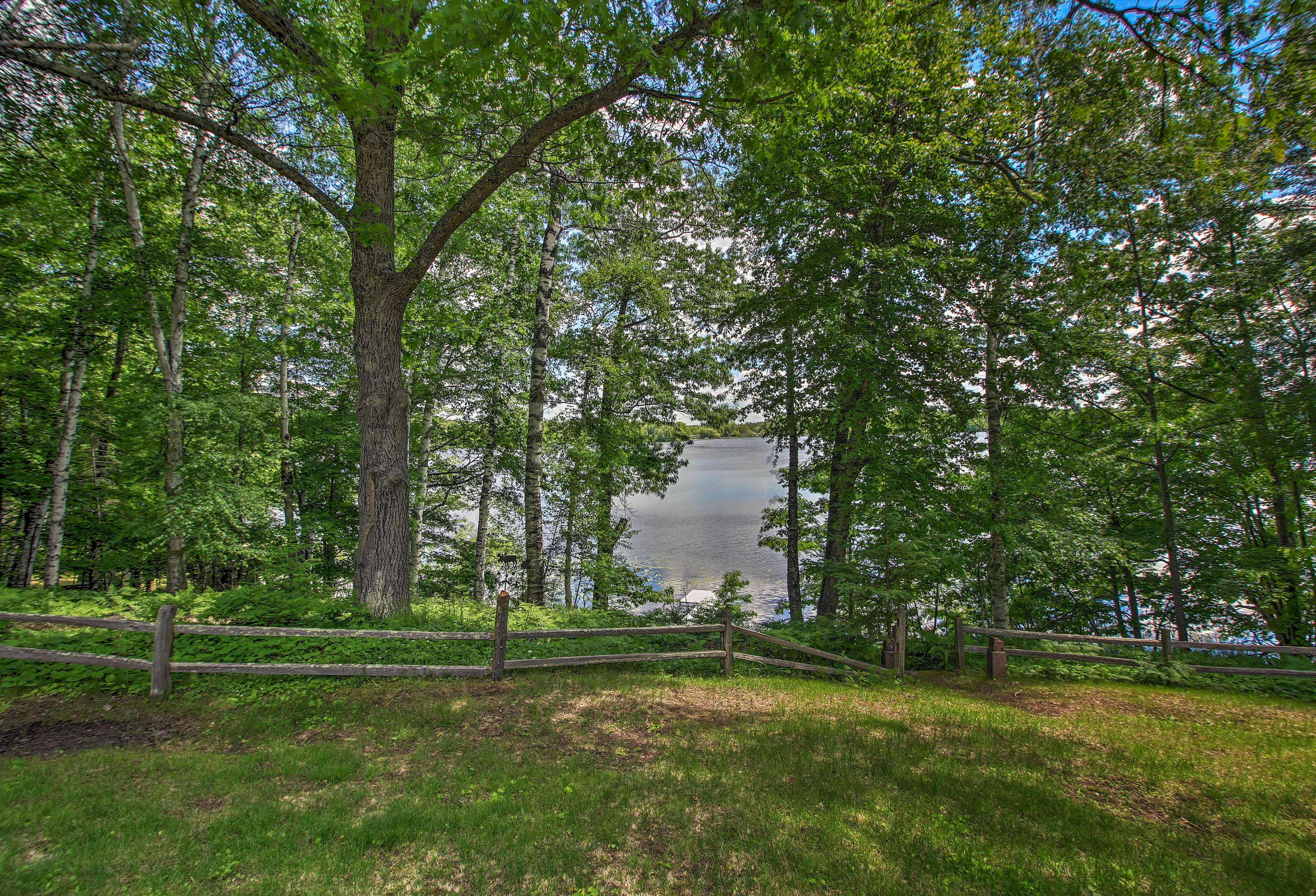 Take a peek through the trees to spot the lake.