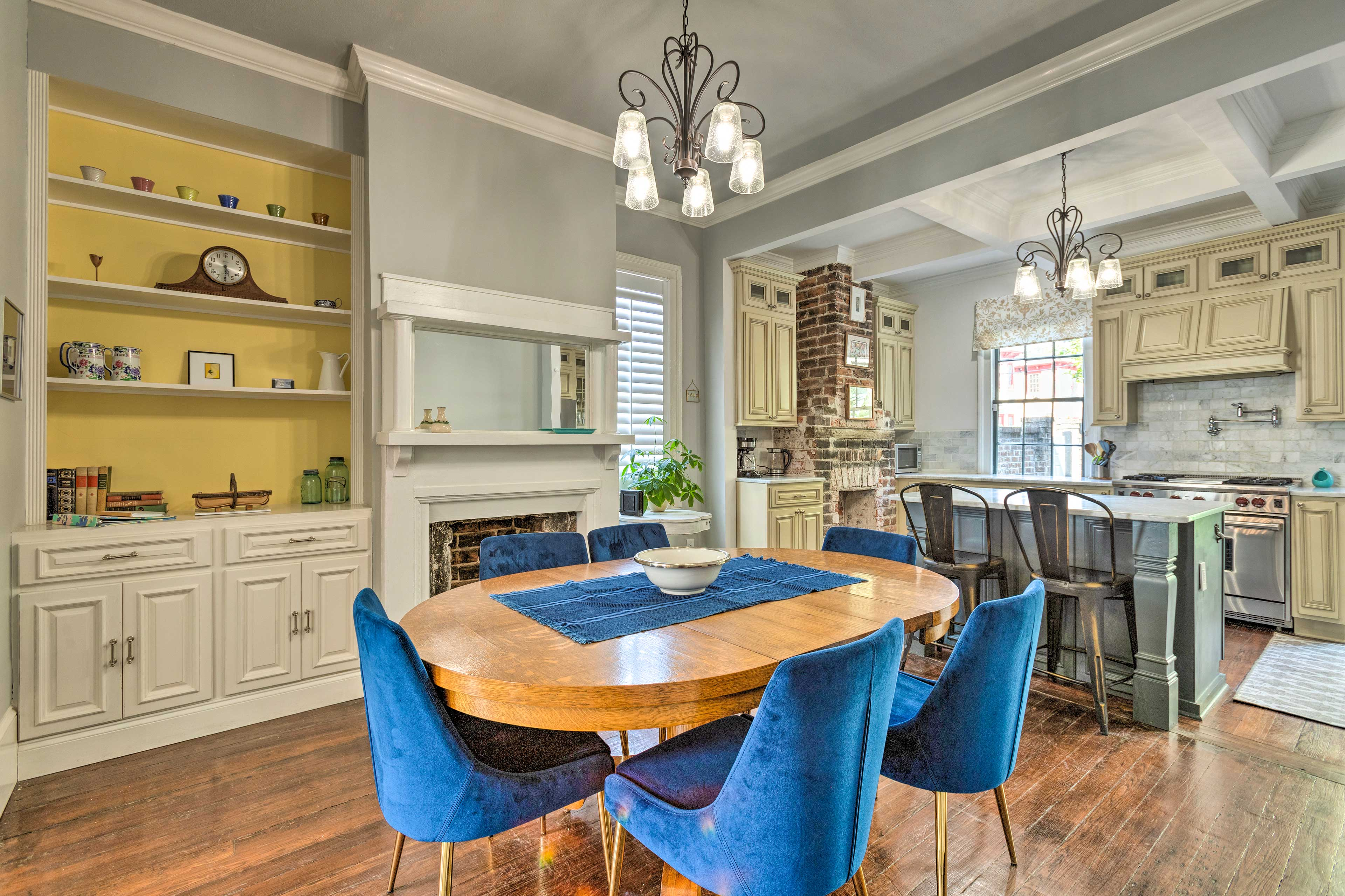 Gather around the dining table to share home-cooked meals with your group of 4.