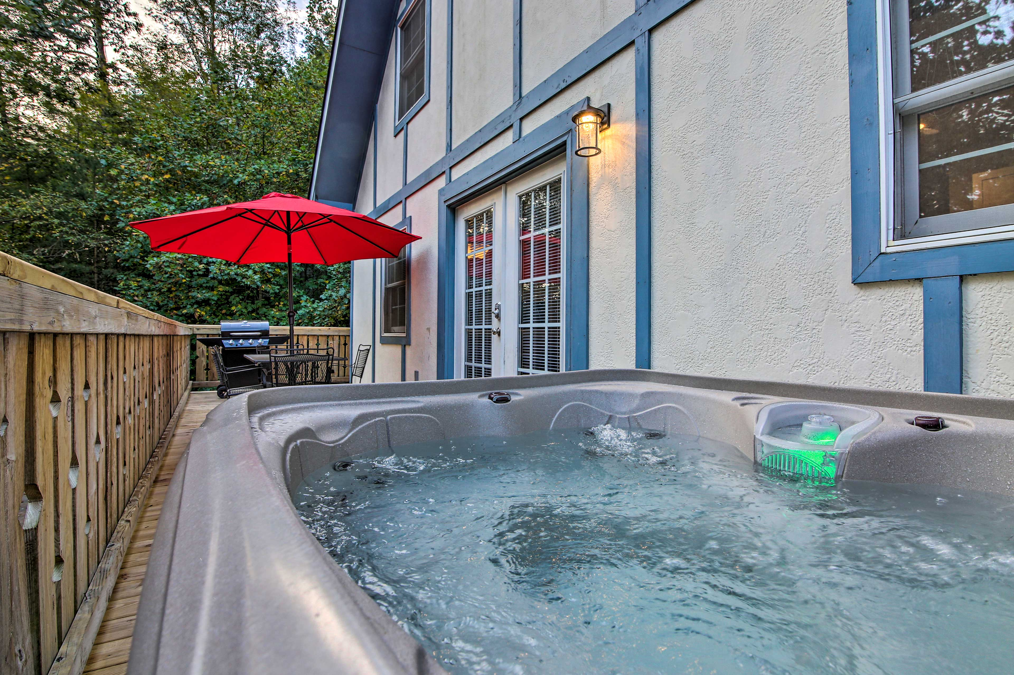 This vacation rental townhome boasts a hot tub.