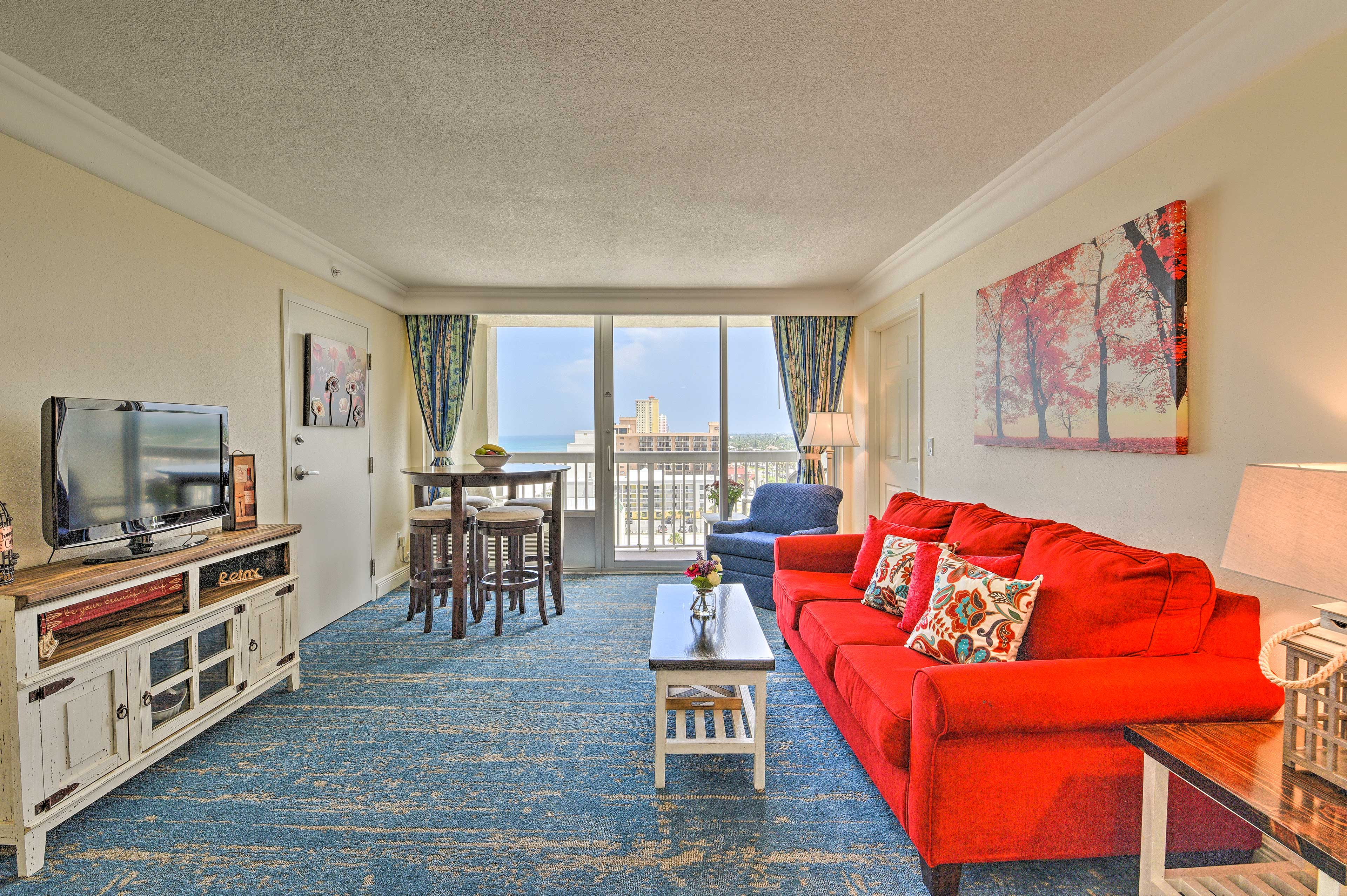 Make yourselves at home in this 1-bedroom, 1-bath condo!