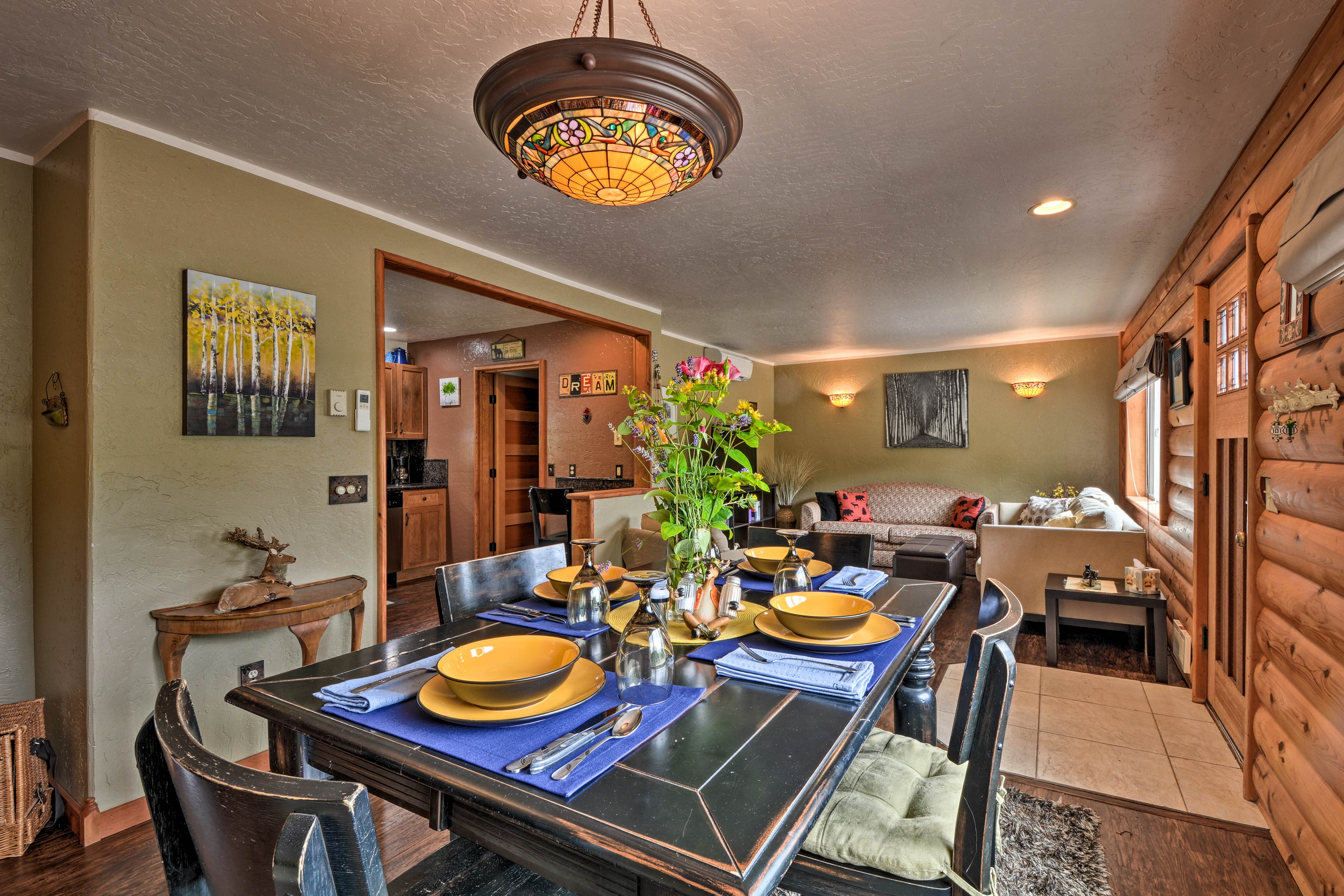 Dine with local Oregon wine at this vacation rental!