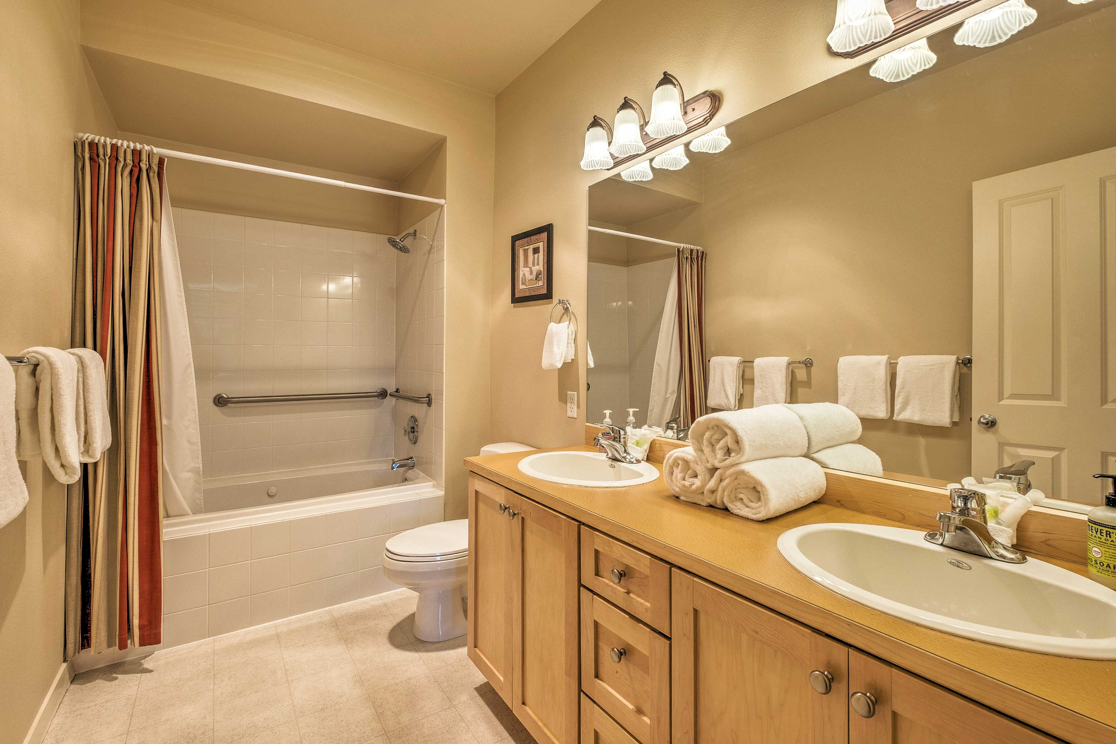 Before bed, wash up in this private en-suite bathroom.