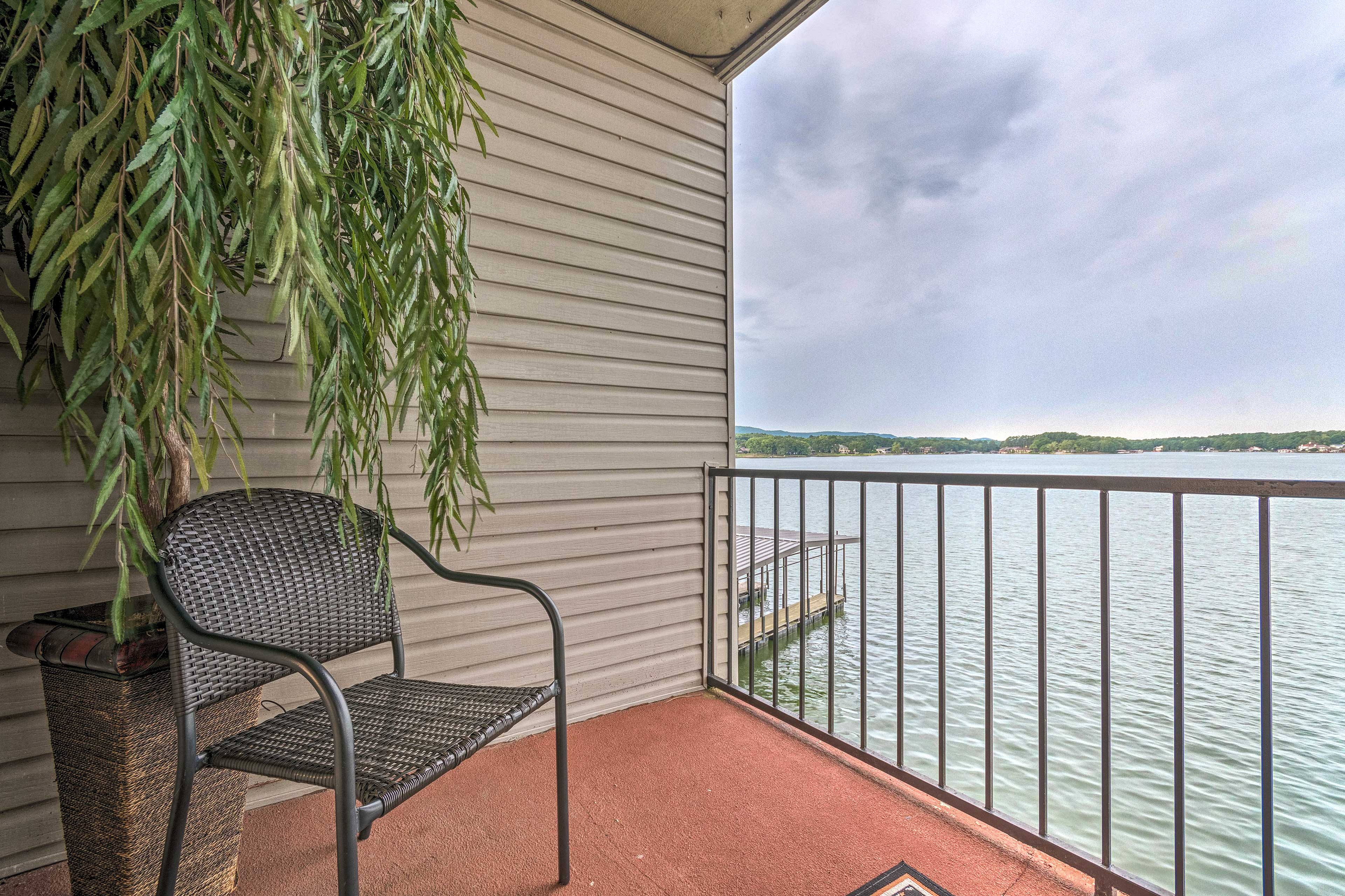 The condo is conveniently located in The Landing community.