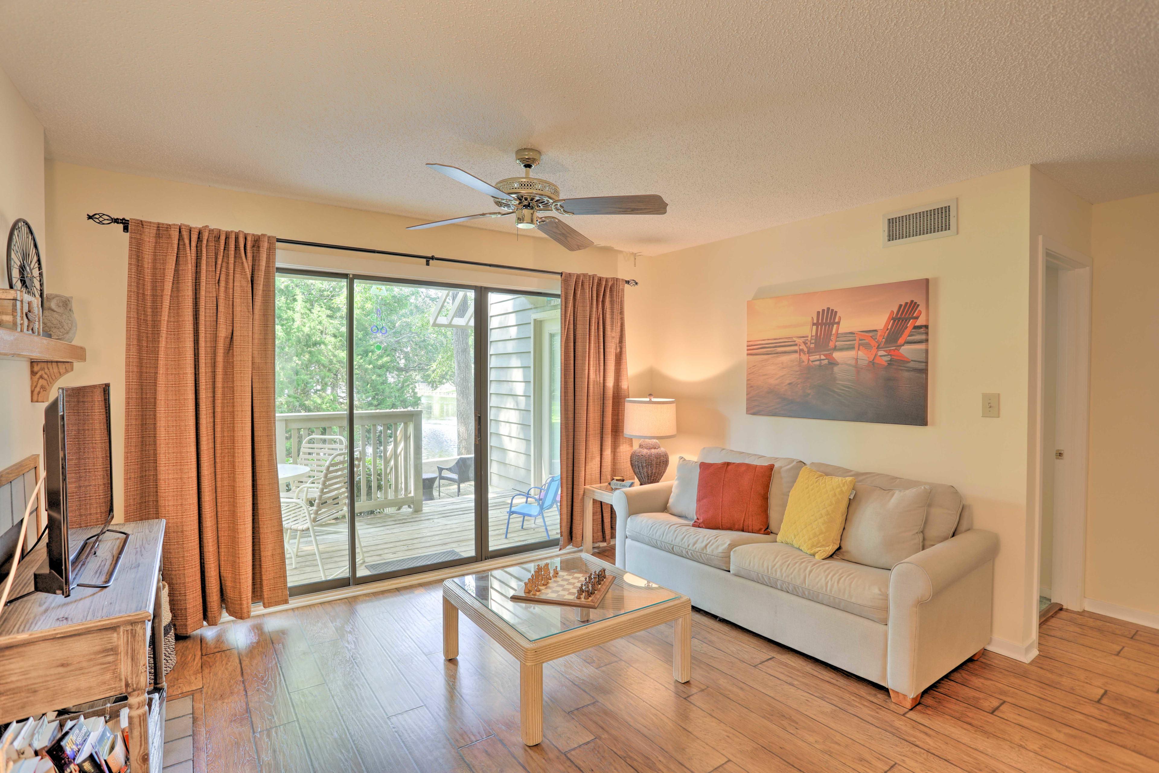 Living Room | Pond Views