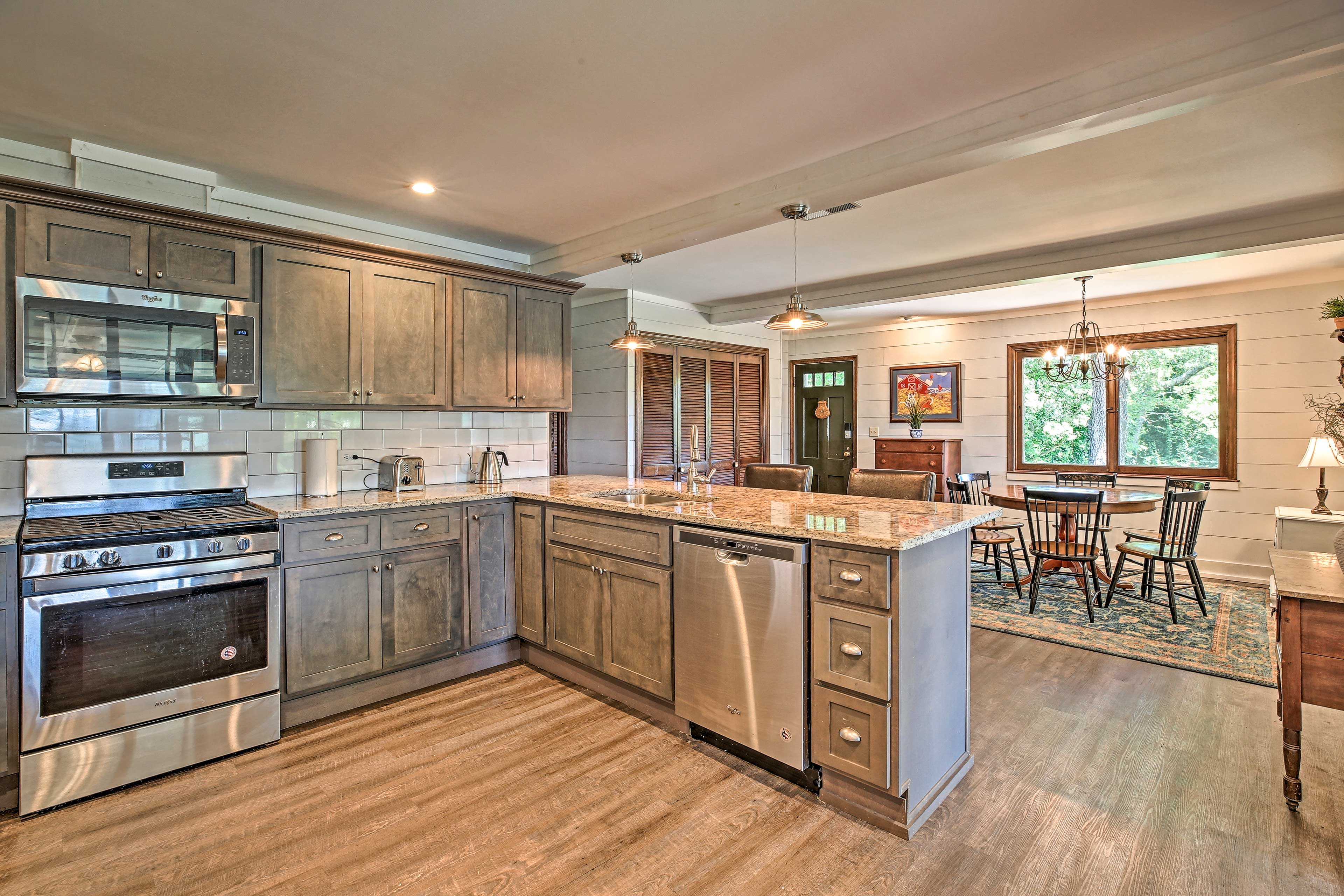 The fully equipped kitchen makes it easy to prepare delicious meals.