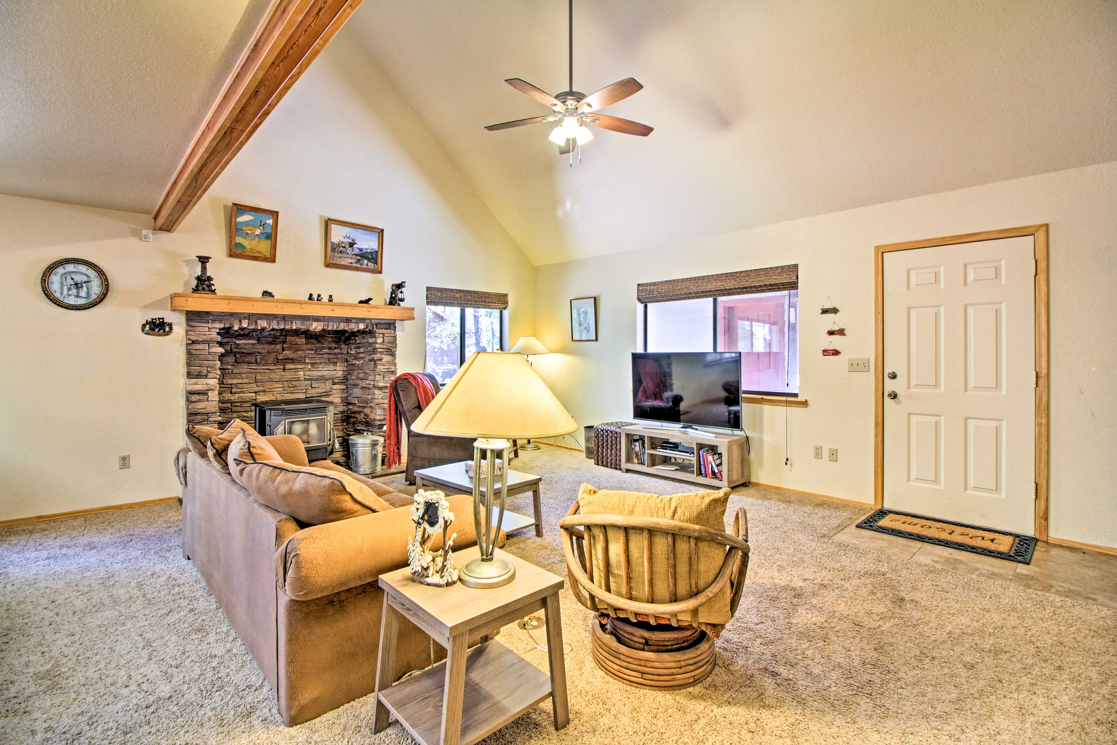 Cozy up for a movie night under the vaulted ceilings.