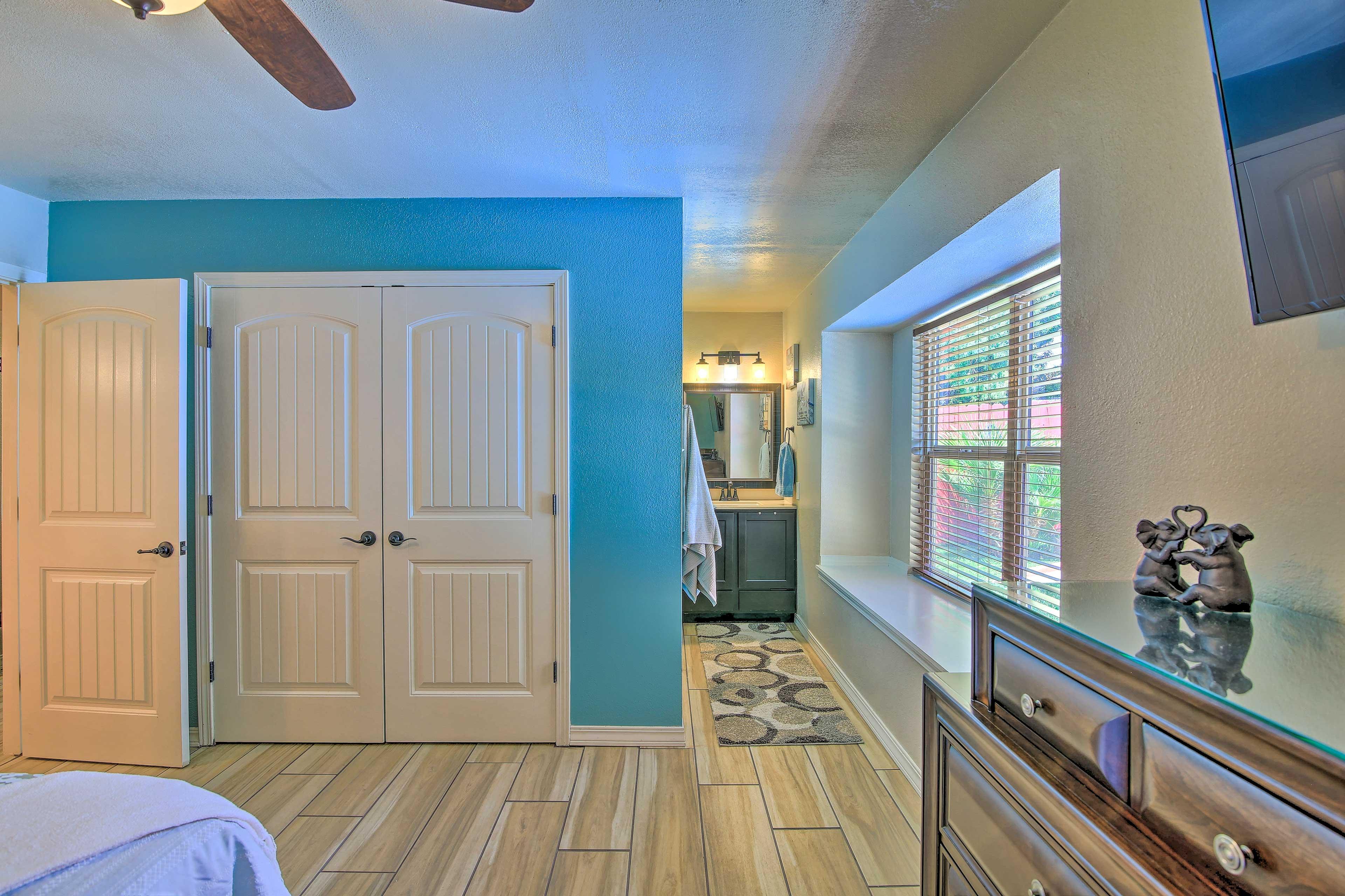 Enjoy the privacy of an en-suite bathroom.