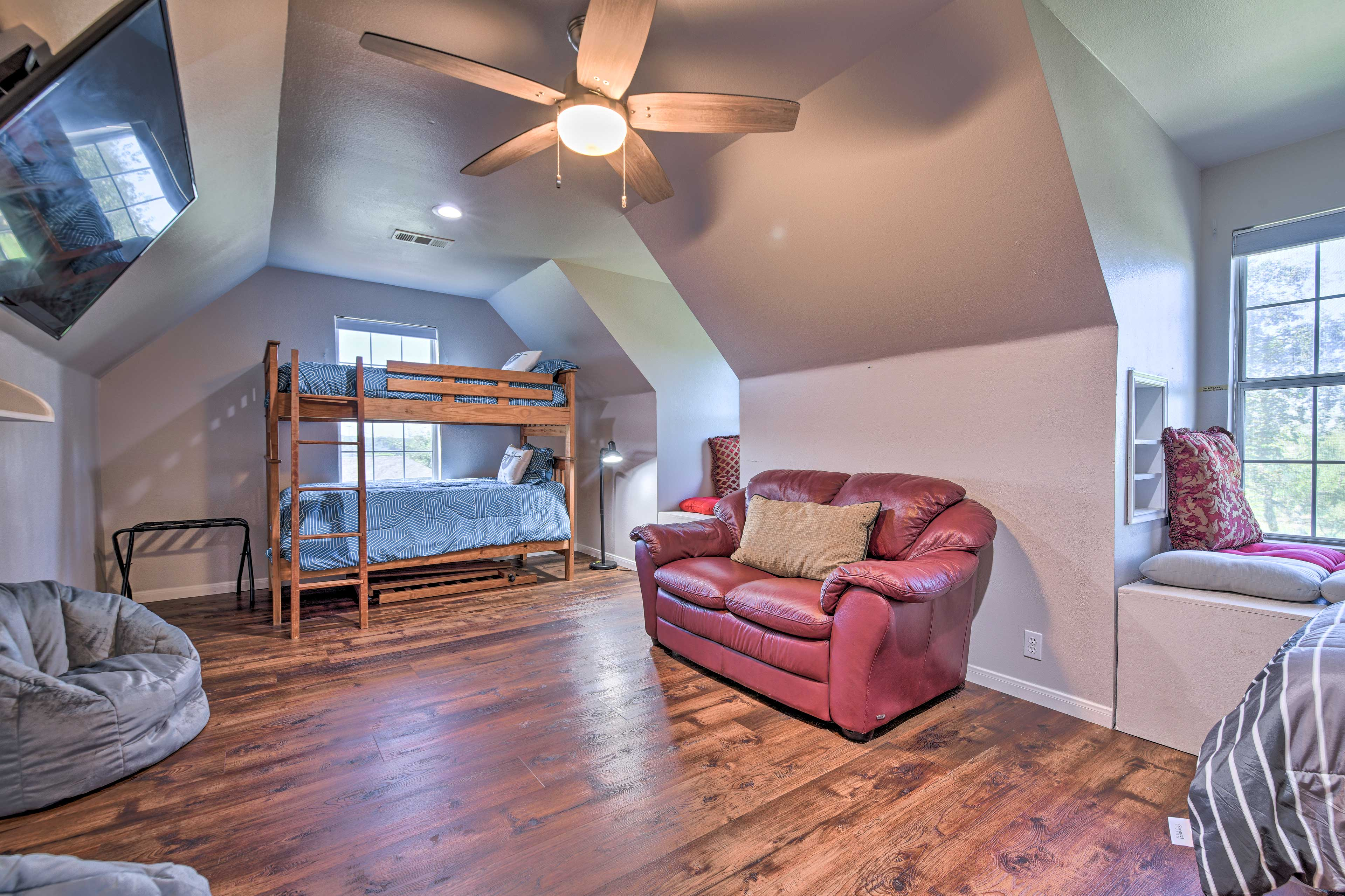 Recreation Room | Twin Bunk Bed | Twin Bed