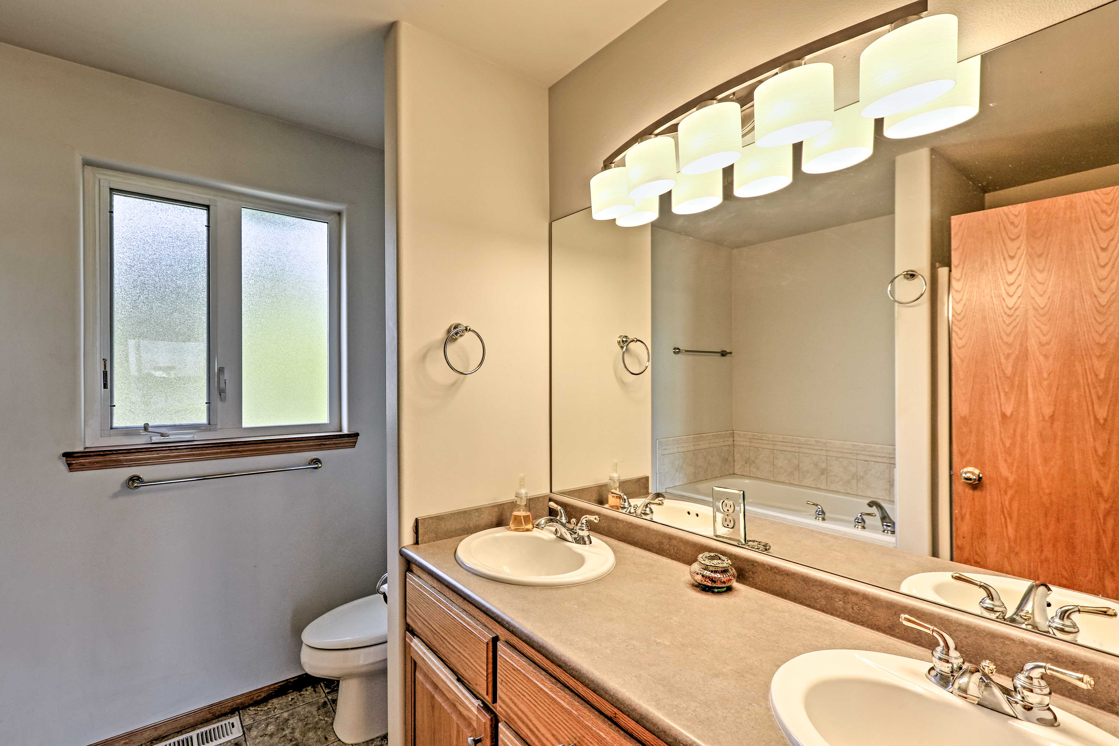 Stay fresh with this dual-sink bathroom.