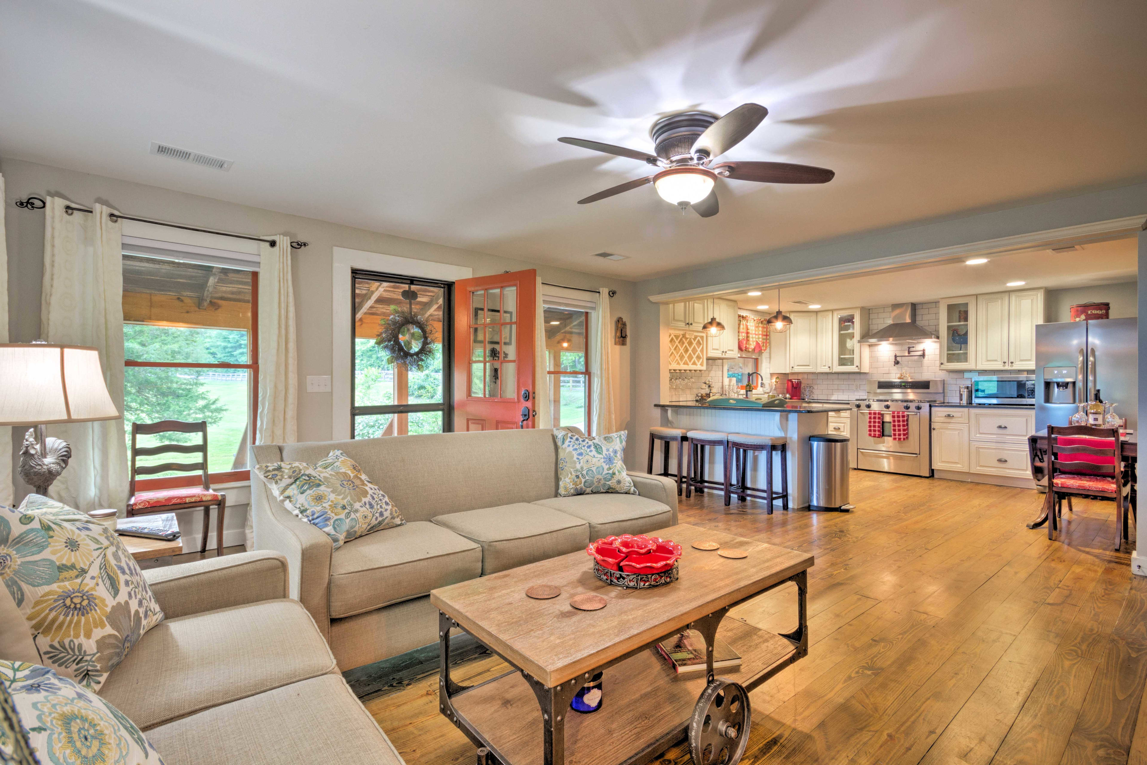 Four lucky travelers can relax inside the 2-bed, 1.5-bath house.