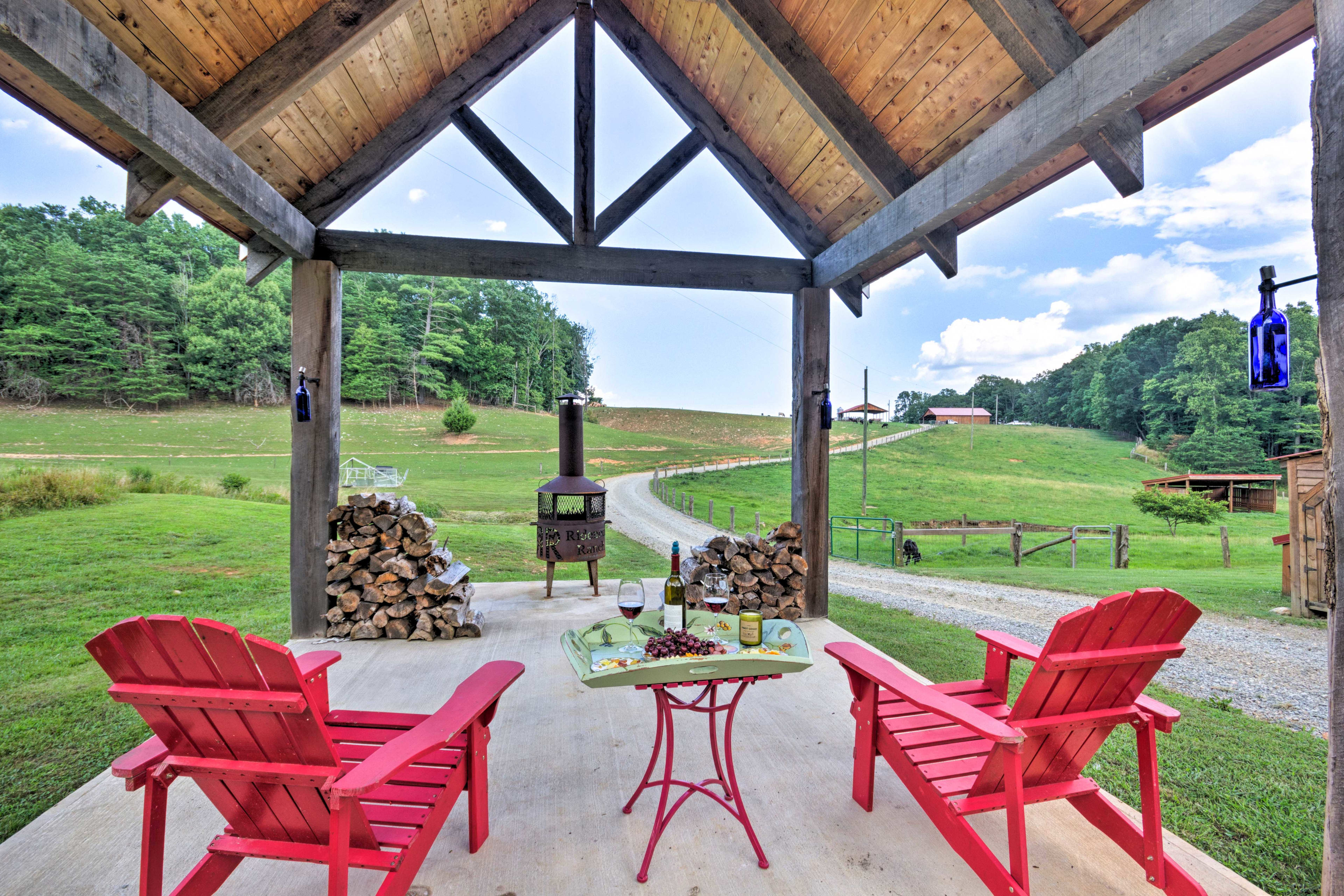 Pop open a bottle of wine & celebrate your North Carolina holiday!