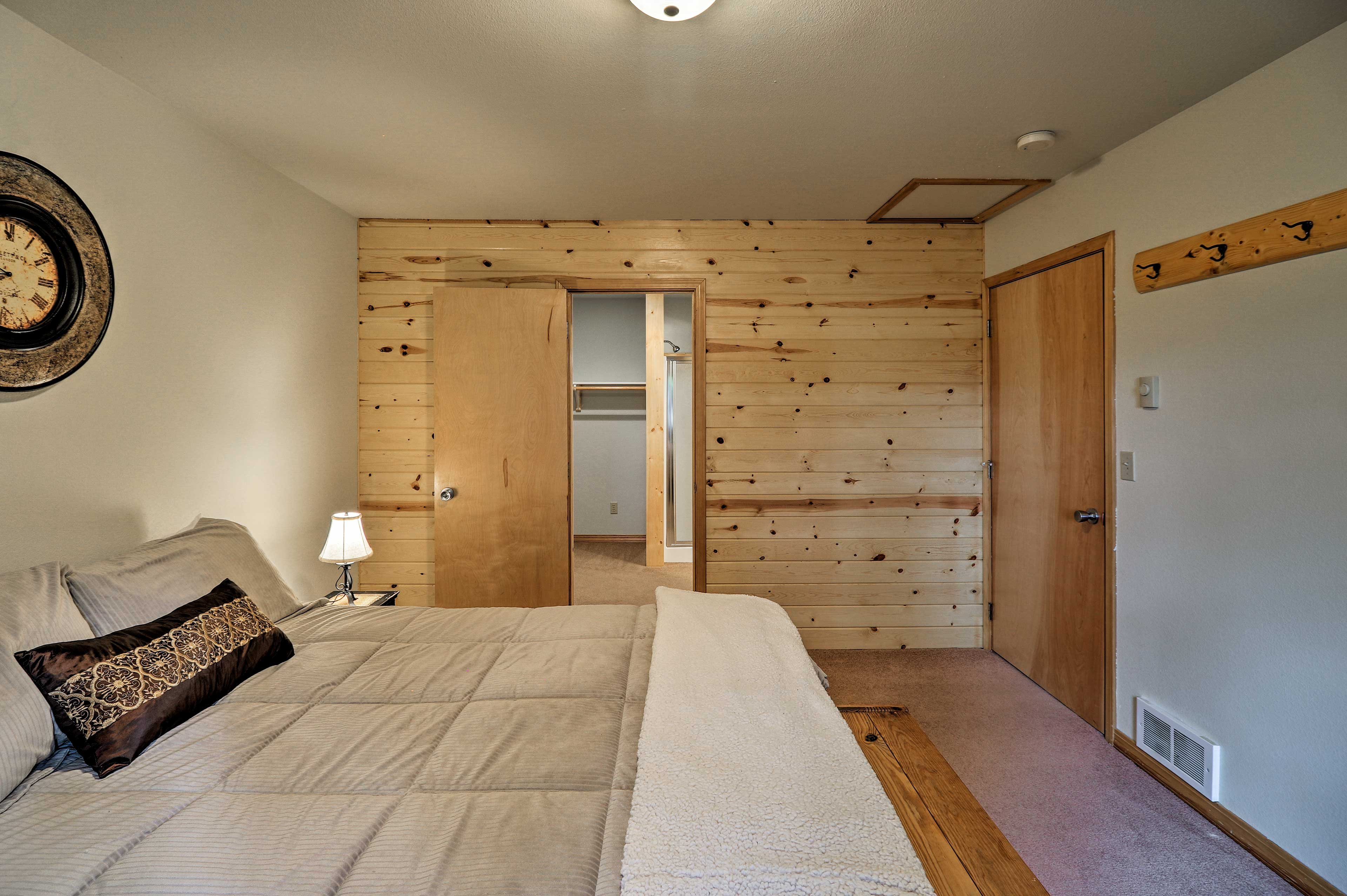 The room features a large closet.