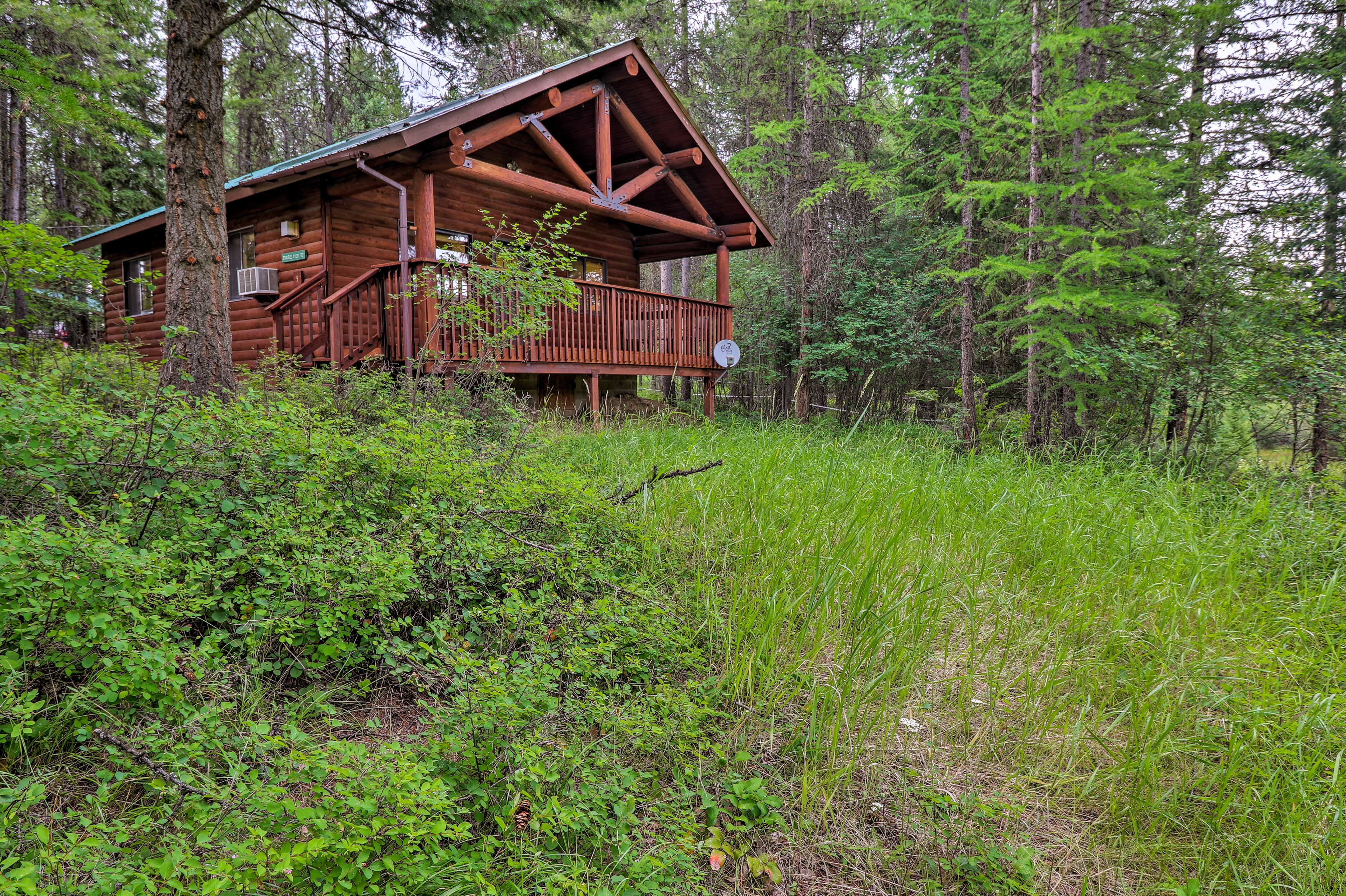 This secluded home-away-from-home is calling your name!